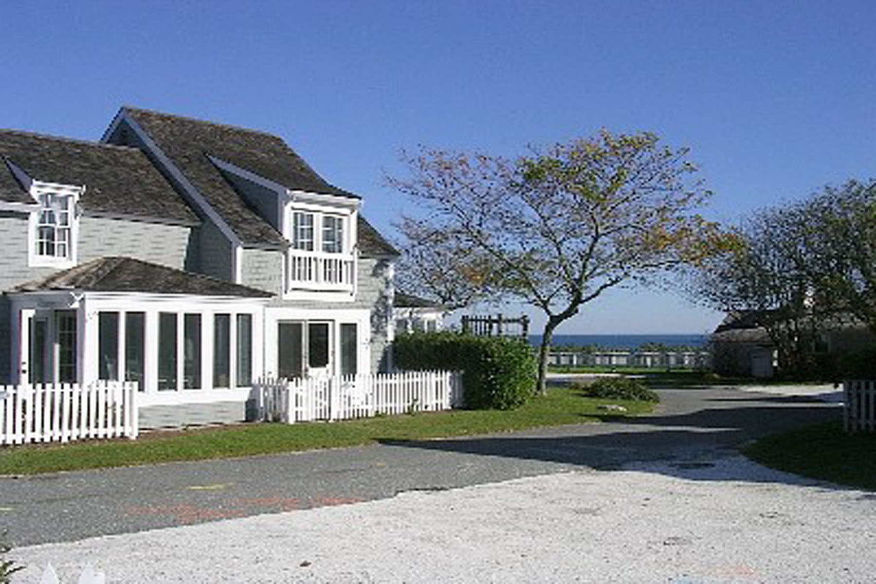 Single Family Homes for Sale at SEASIDE VILLA STEPS FROM SANDY OCEAN BEACH 25 Milestone Way New Seabury, Massachusetts 02649 United States