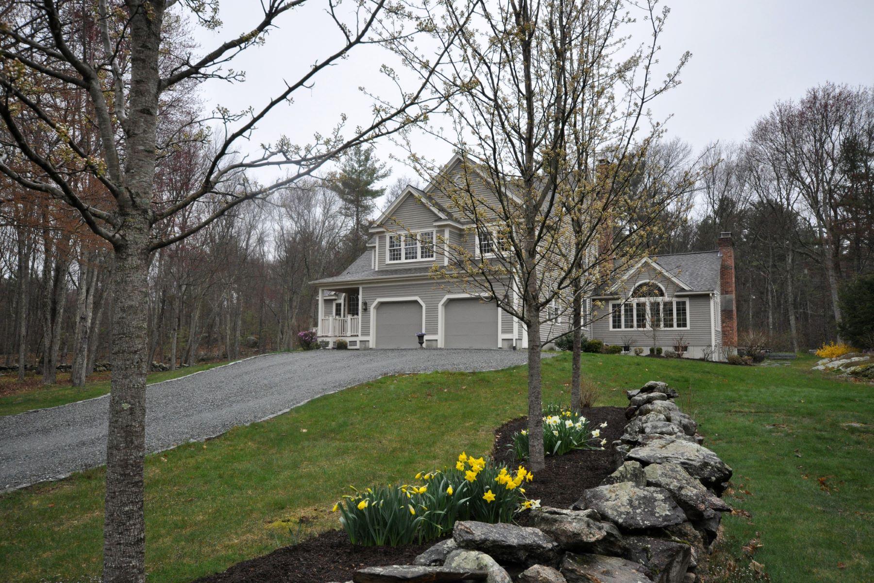 Single Family Homes for Sale at 51 Westcott Rd Harvard, Massachusetts 01451 United States