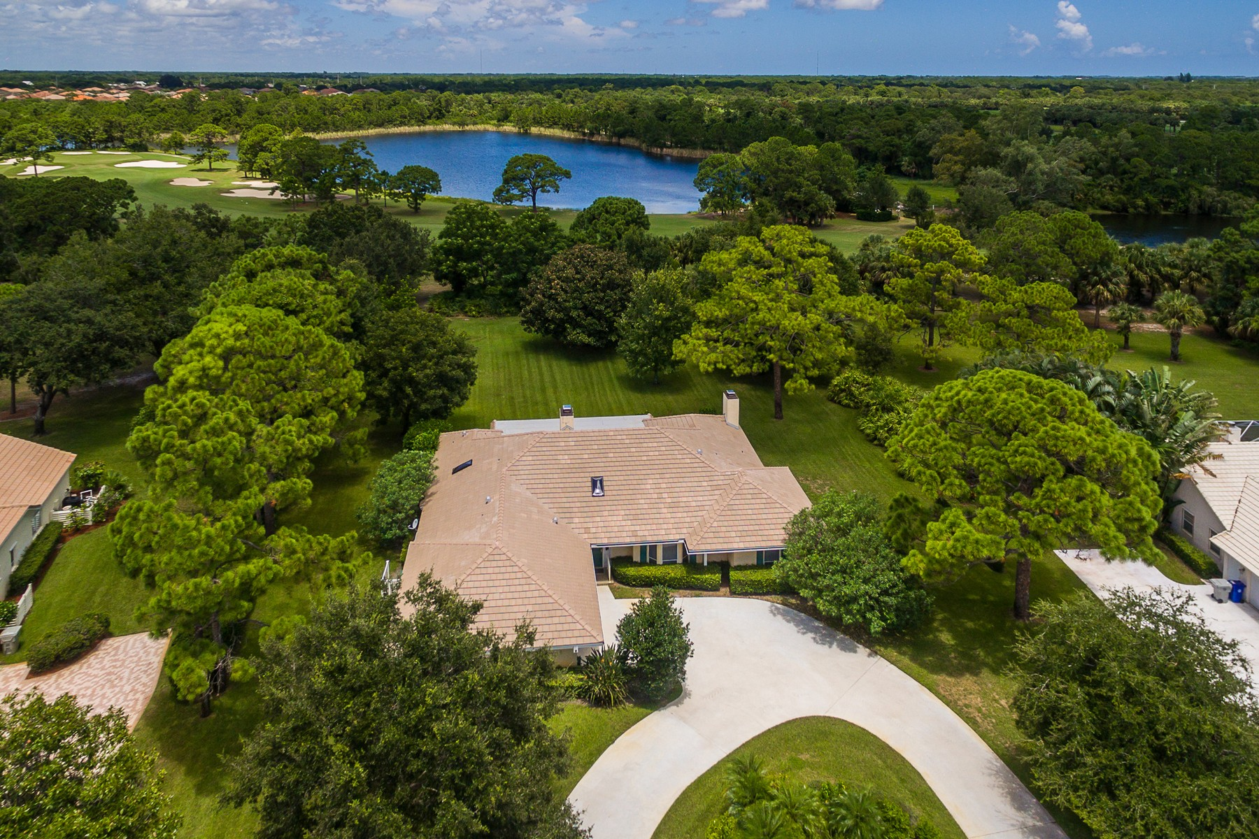 Single Family Home for Sale at Bent Pine Golf Club 5825 Glen Eagle Lane Vero Beach, Florida 32967 United States