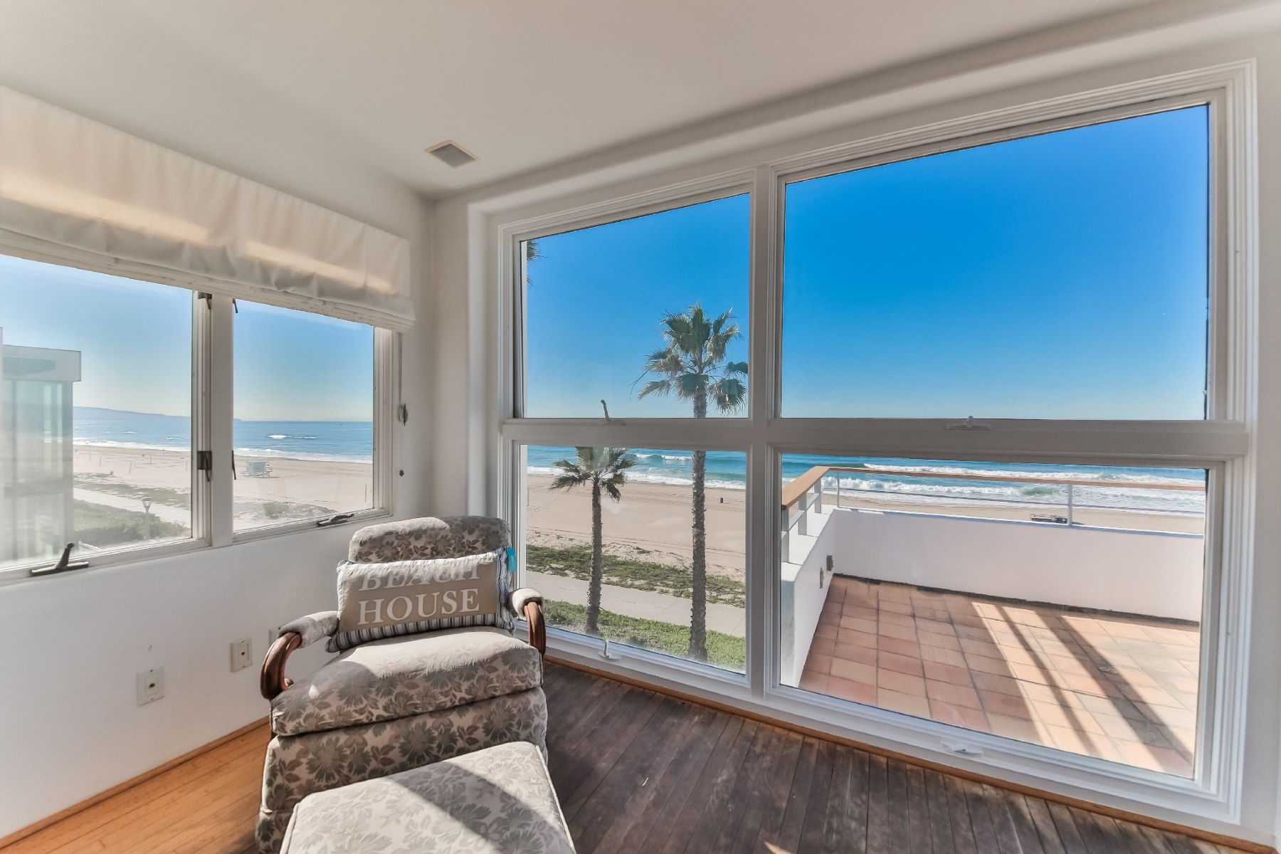 Additional photo for property listing at Gold Coast in Manhattan Beach! 3120 The Strand Manhattan Beach, California 90266 United States