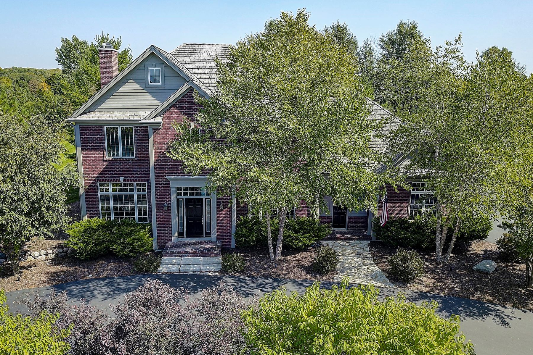 Single Family Homes for Active at 10634 N. Wood Crest Dr. Mequon, Wisconsin 53092 United States