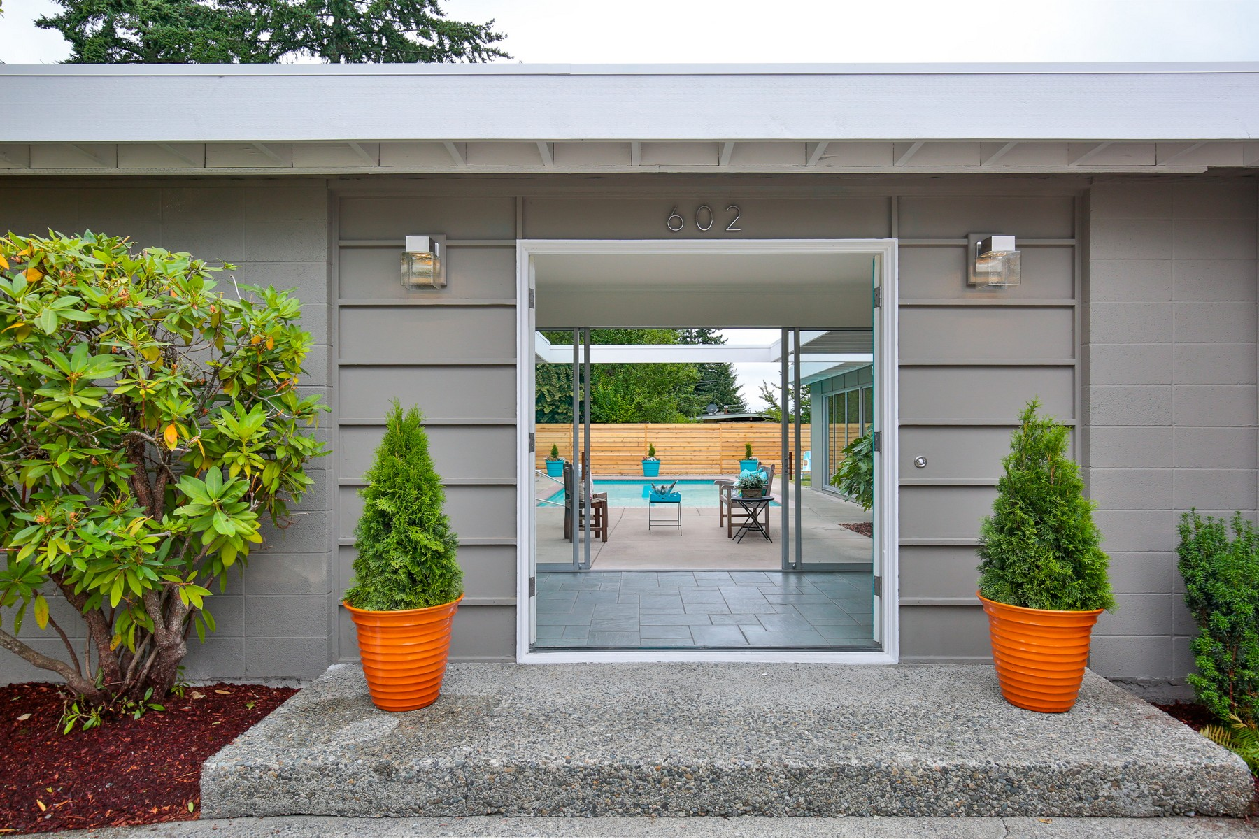 Additional photo for property listing at Bellevue Modern 602 165th Ave NE Bellevue, Washington 98008 United States