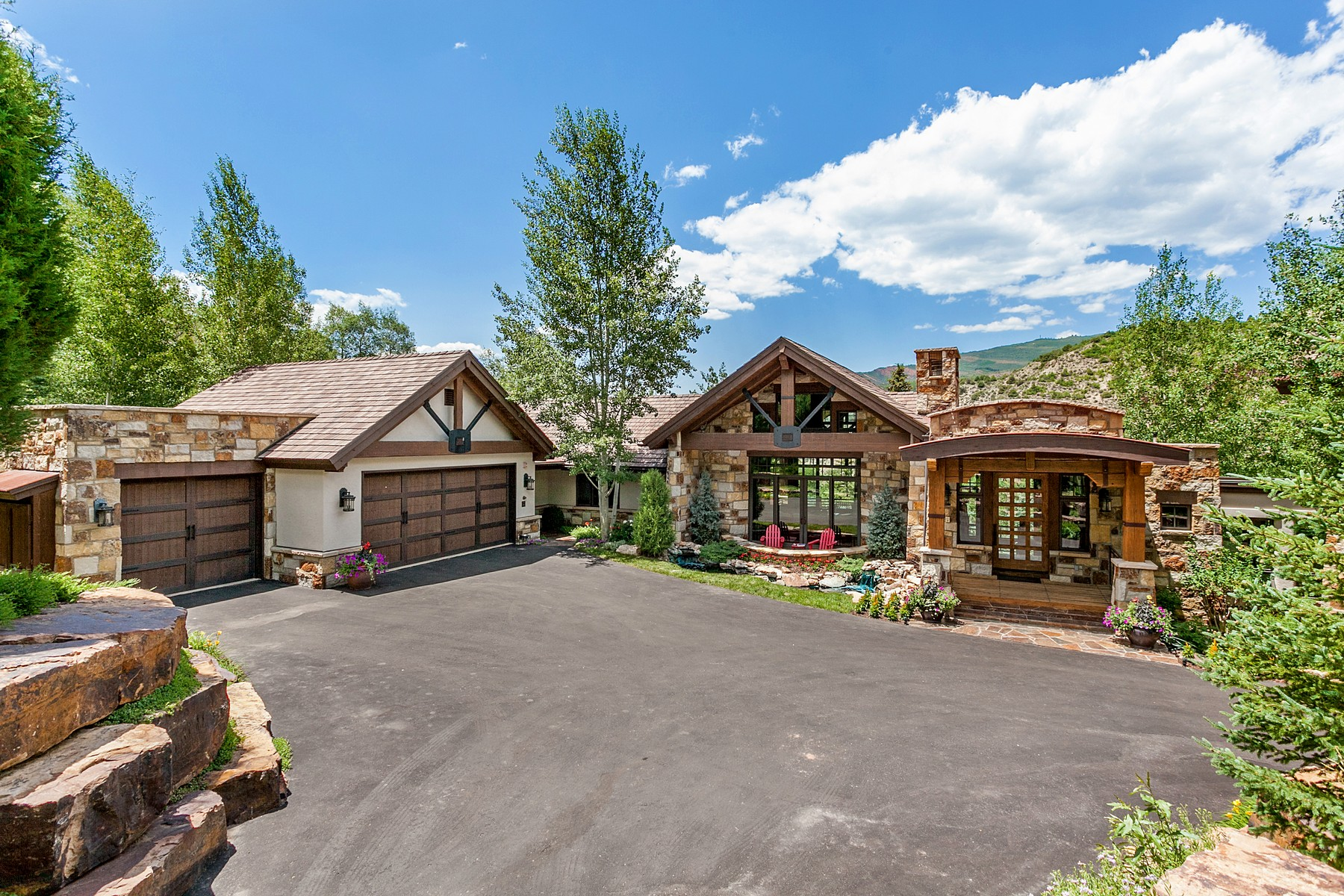 Single Family Home for Active at Magnificent, Creative & Luxurious Custom Home in Gated Community 605 Andorra Road Edwards, Colorado 81632 United States