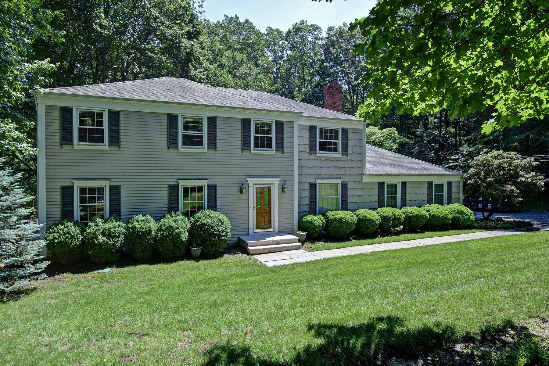 Single Family Home for Sale at Classic Colonial 12 Craig Court Colts Neck, New Jersey, 07722 United States
