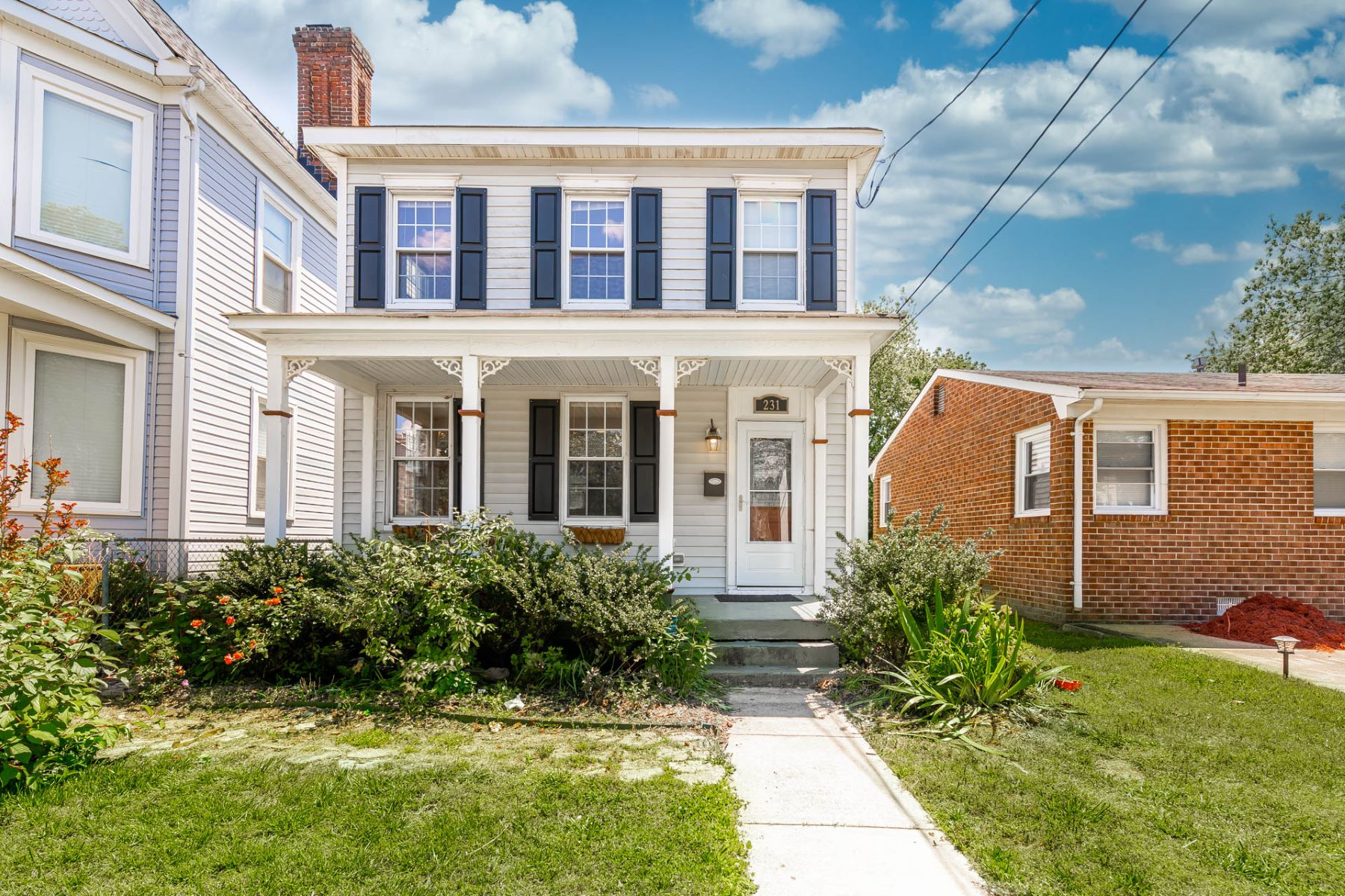 Single Family Homes のために 売買 アット Little England 231 Chapel Street, Hampton, バージニア 23669 アメリカ