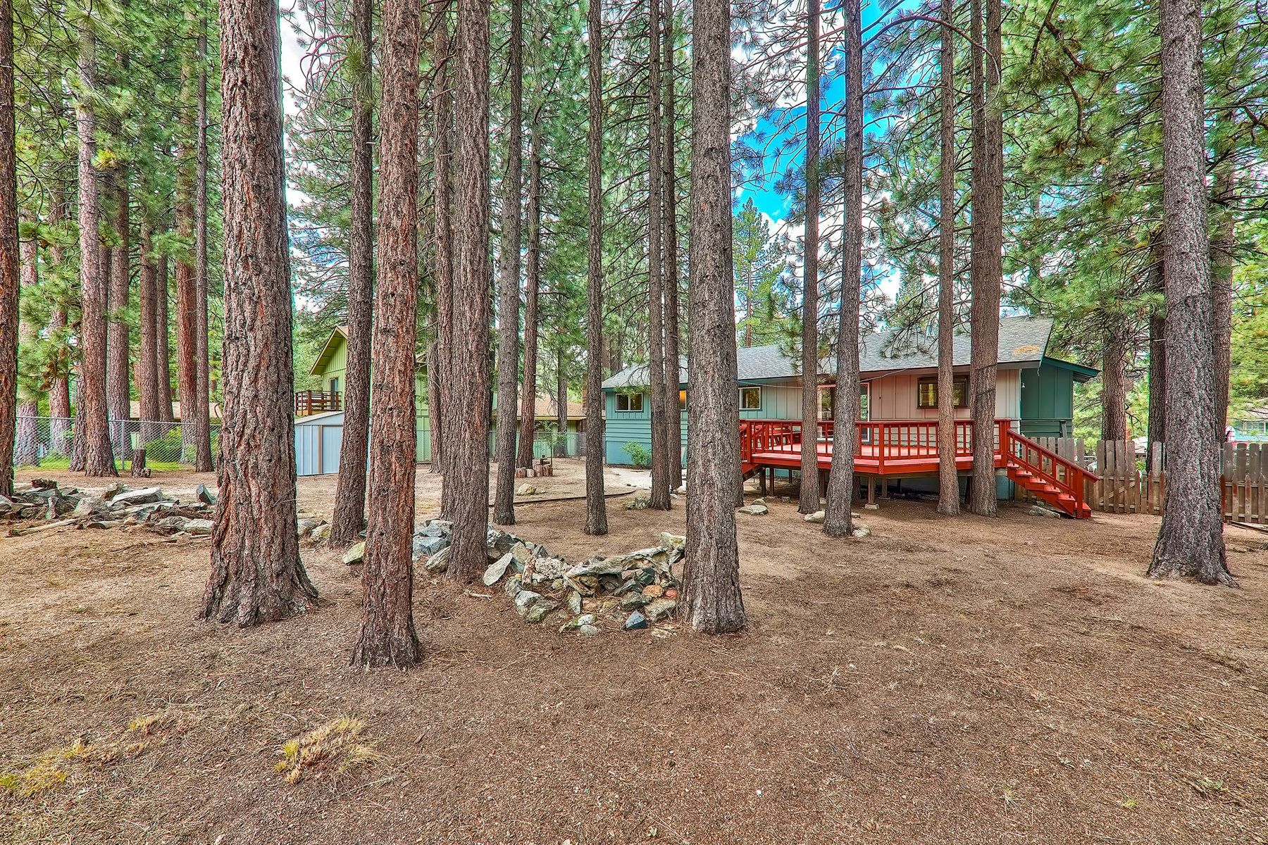 Additional photo for property listing at 3517 Bode Dr., South Lake Tahoe, CA 3517 Bode Dr. South Lake Tahoe, California 96150 United States
