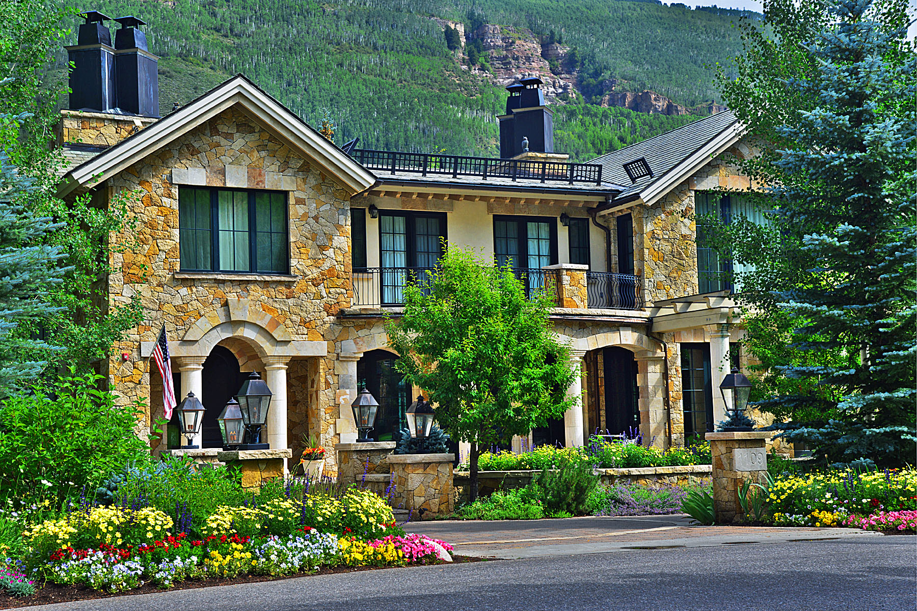 Single Family Home for Active at Stately Elegance in Vail Village 1109 Vail Valley Dr. Vail, Colorado 81657 United States