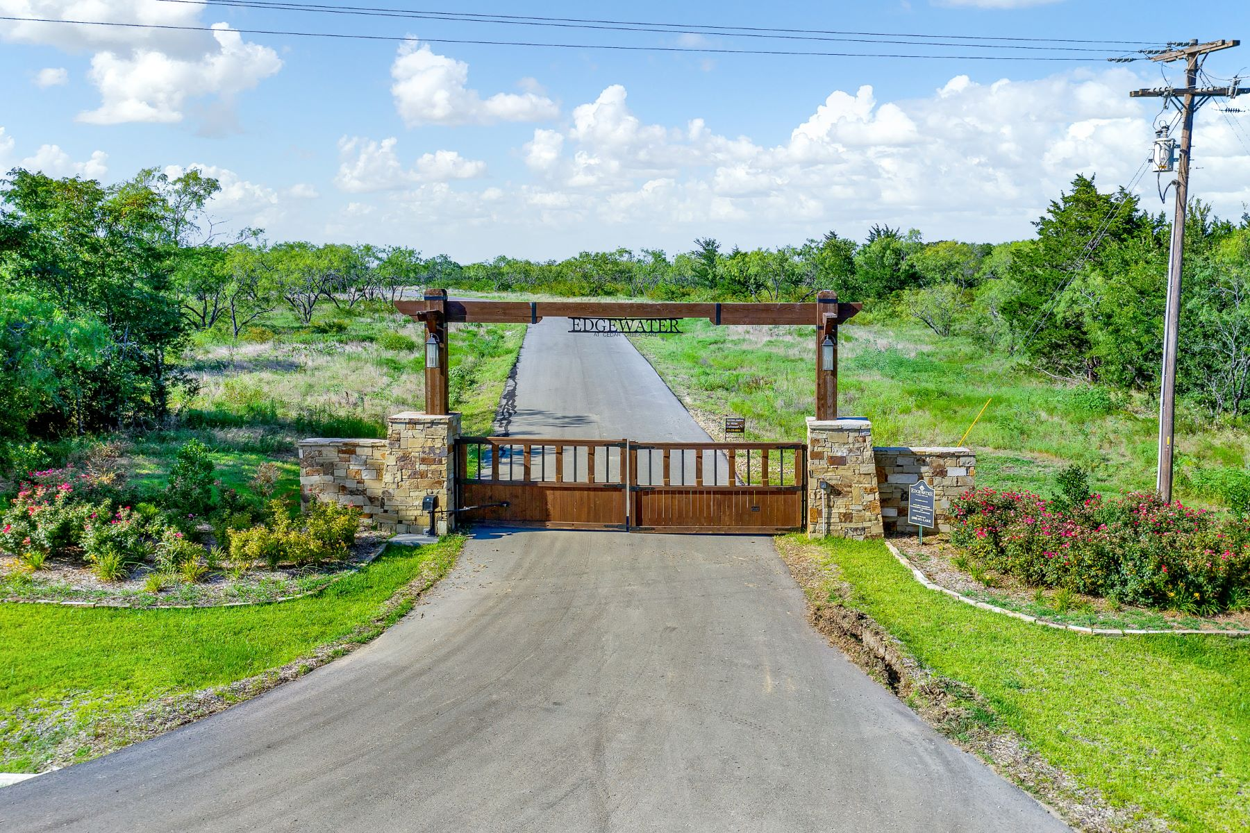 Land for Active at Exclusive Cedar Creek Location 9525 E. Shoreline Court Kemp, Texas 75143 United States