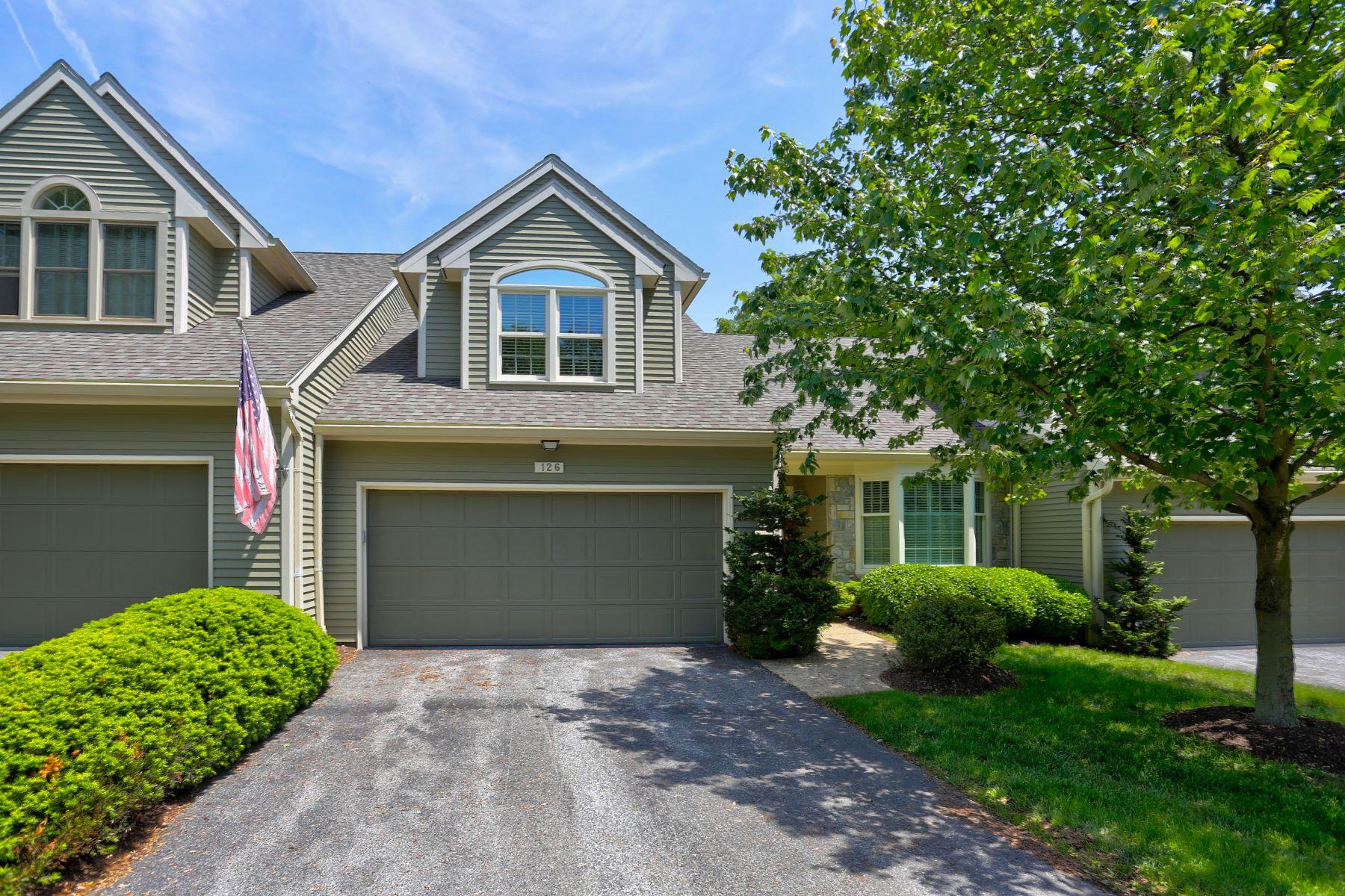共管式独立产权公寓 为 销售 在 126 Deer Ford Drive 126 Deer Ford Drive 兰开斯特, 宾夕法尼亚州 17601 美国