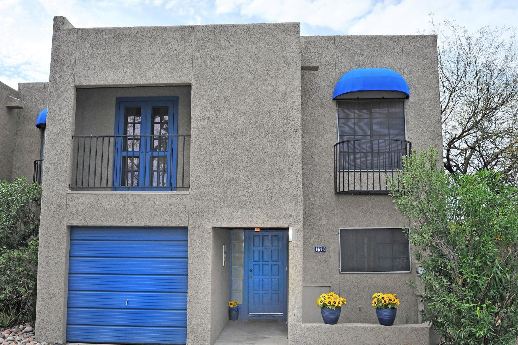 Townhouse for Sale at Bright an Spacious Townhouse 1670 N Forgeus Avenue, Tucson, Arizona, 85716 United States