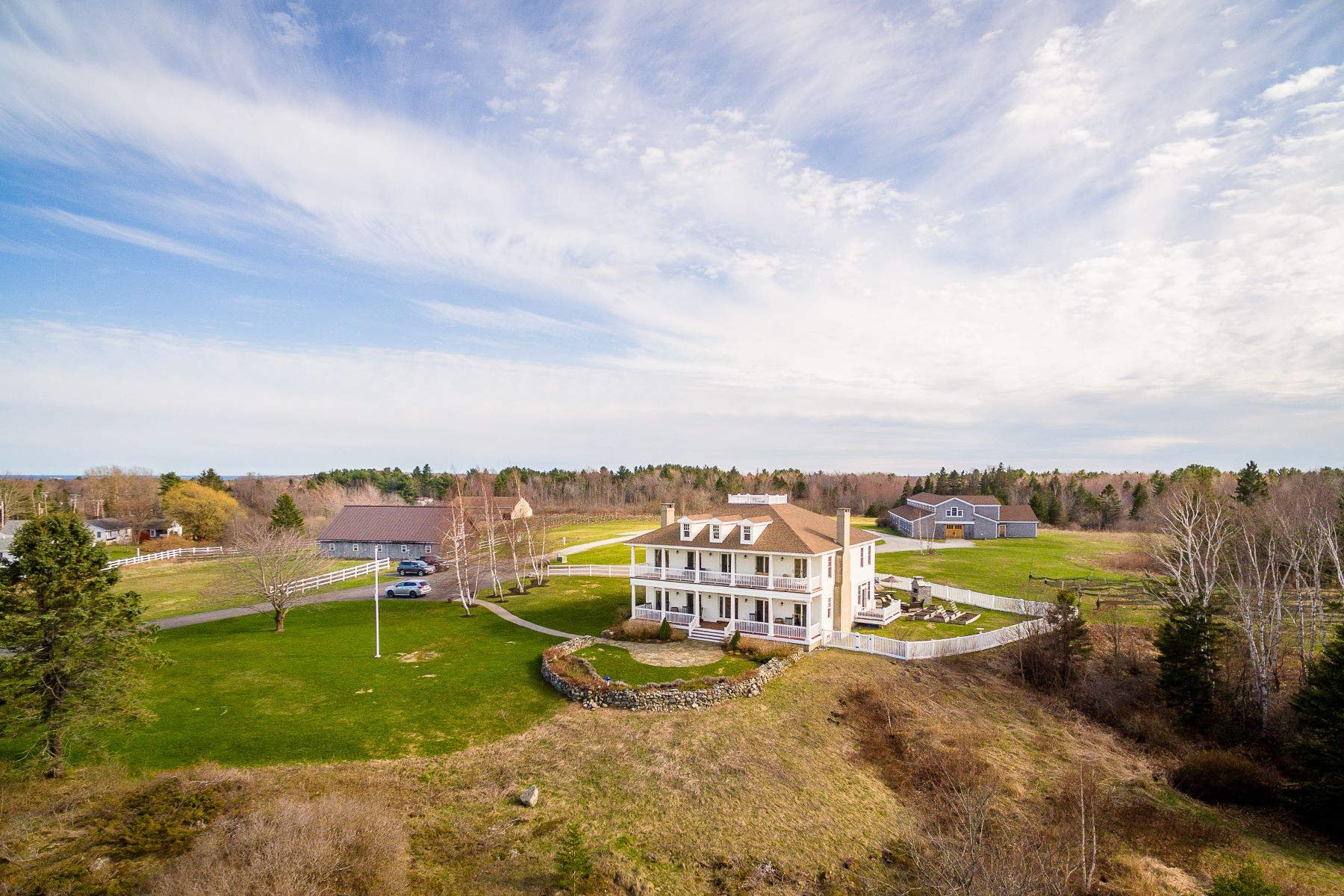 Single Family Homes للـ Sale في Owls Head, Maine 04854 United States