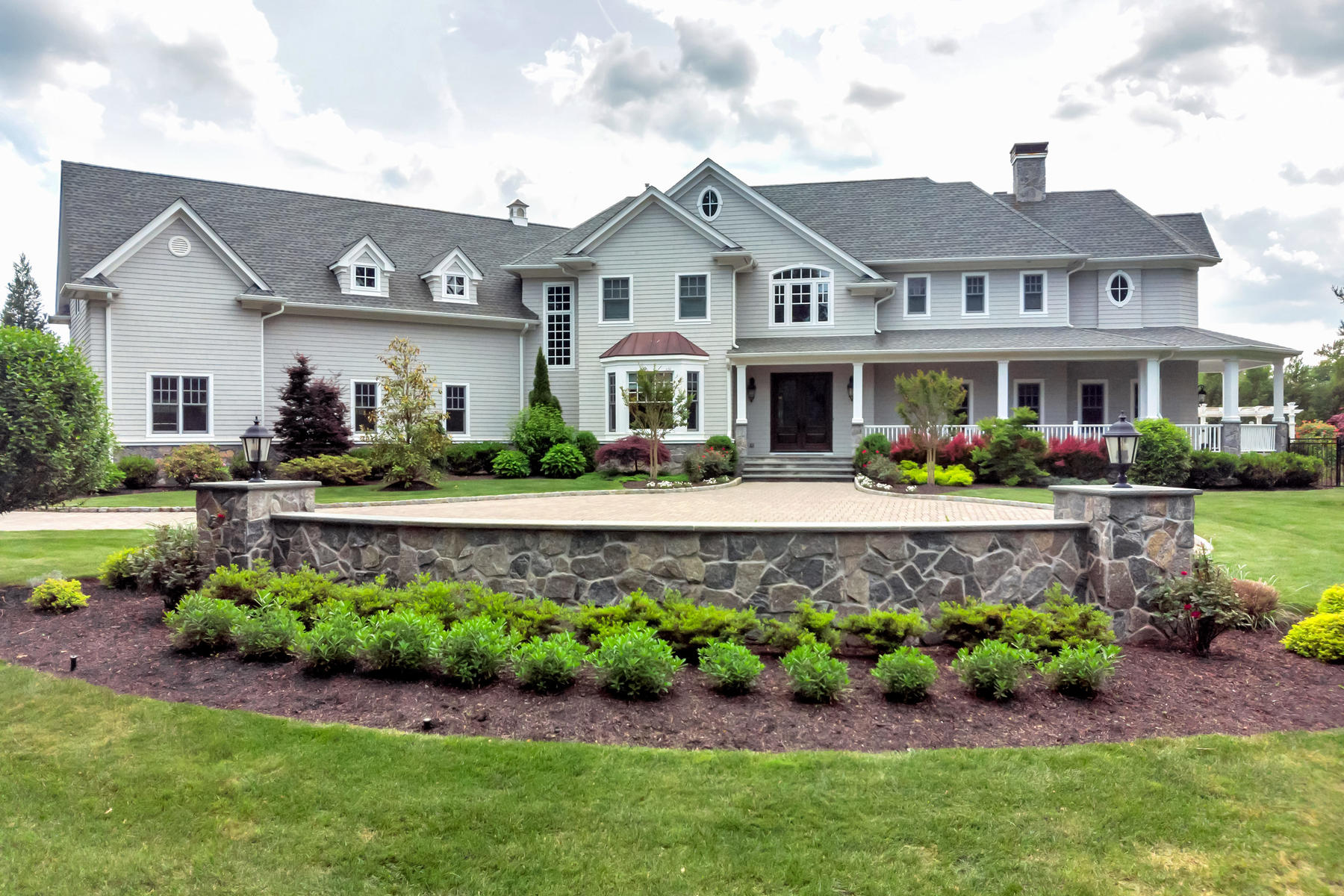Maison unifamiliale pour l Vente à LIVE Extraordinary 6 Nicol Terrace, Rumson, New Jersey 07760 États-Unis