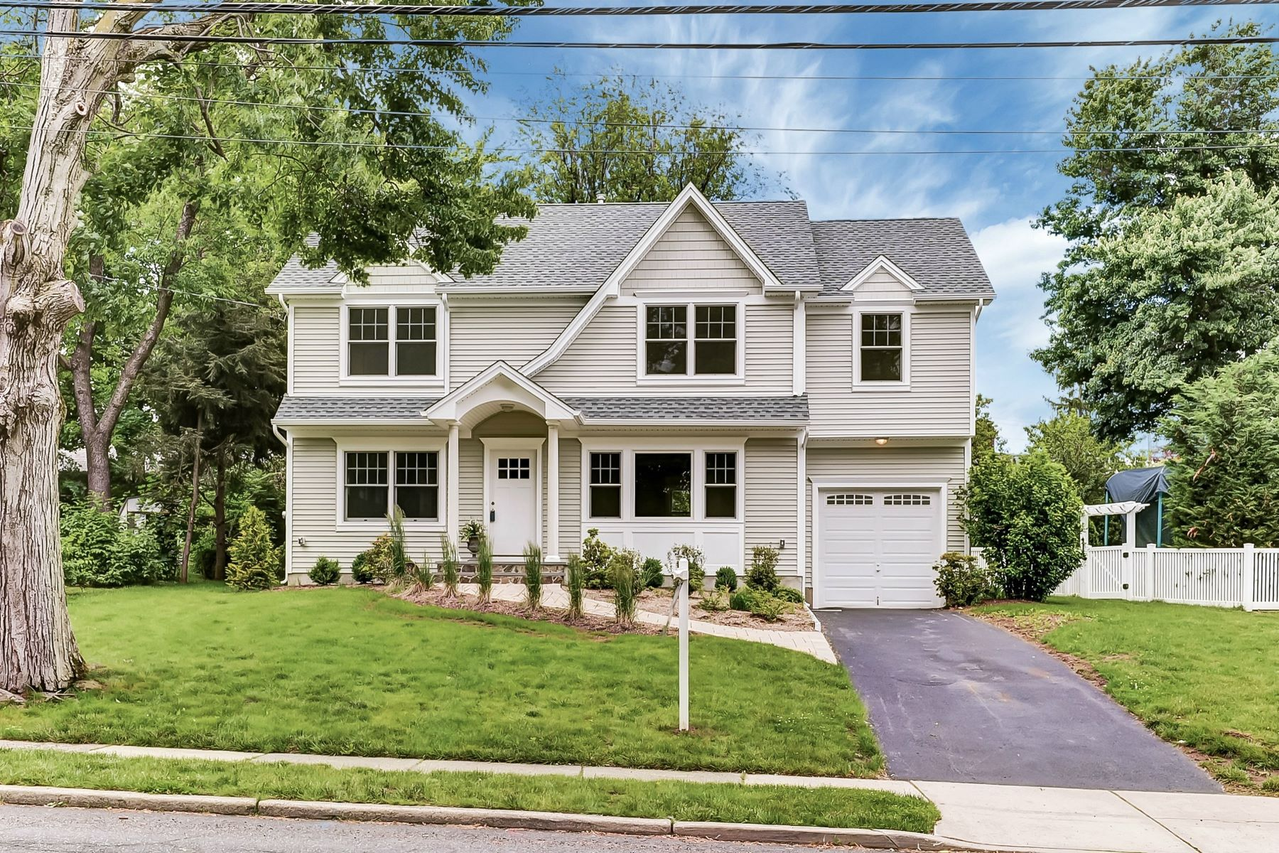Single Family Home for Sale at Your Search Is Over 384 Boulevard Glen Rock, New Jersey 07452 United States