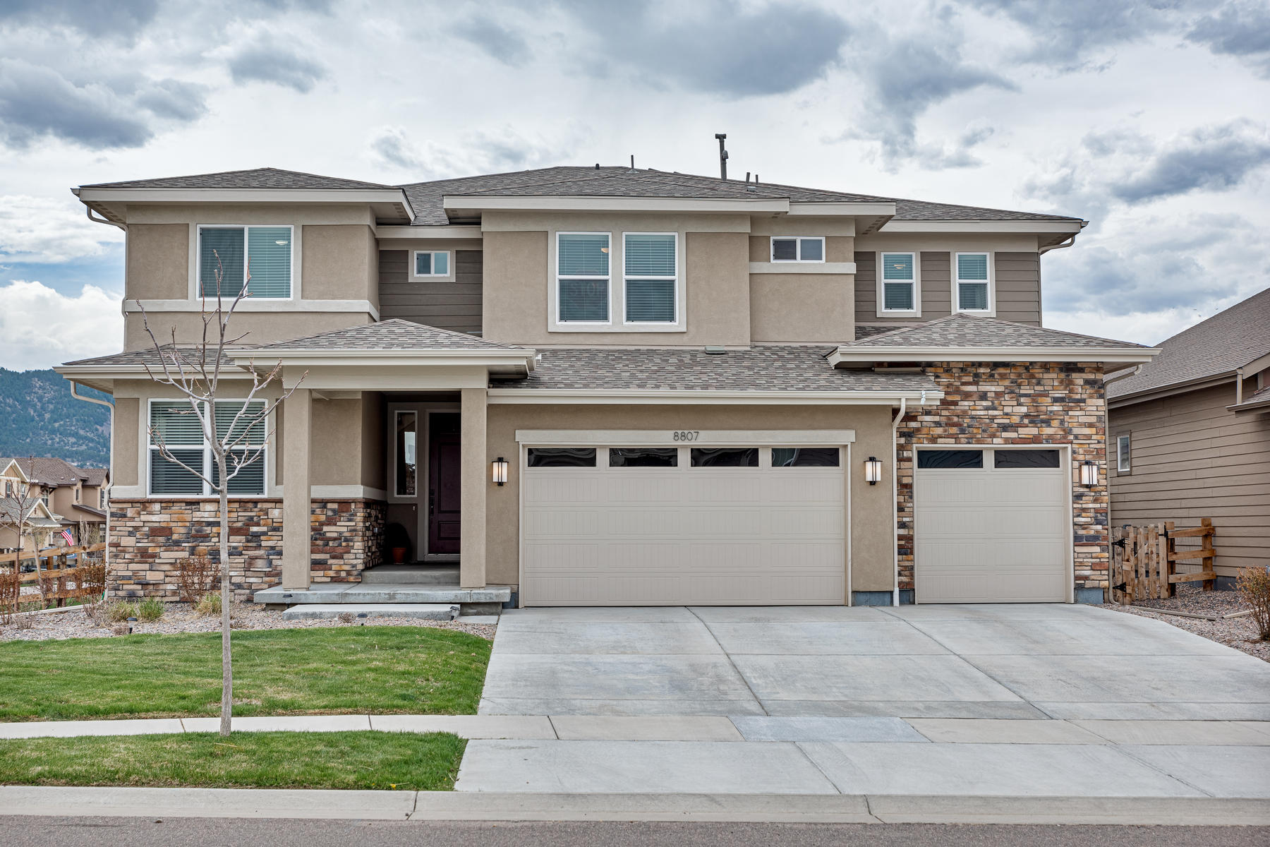 Single Family Homes for Sale at Move-In Ready & Better Than New! 8807 Eldora Street Arvada, Colorado 80007 United States