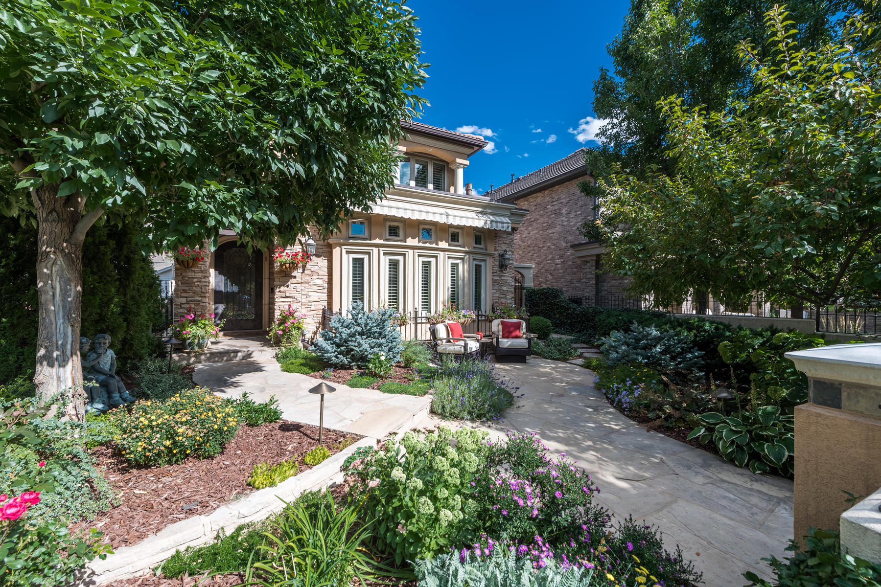 Additional photo for property listing at 464 Madison Street 464 Madison Street Denver, Colorado 80206 United States