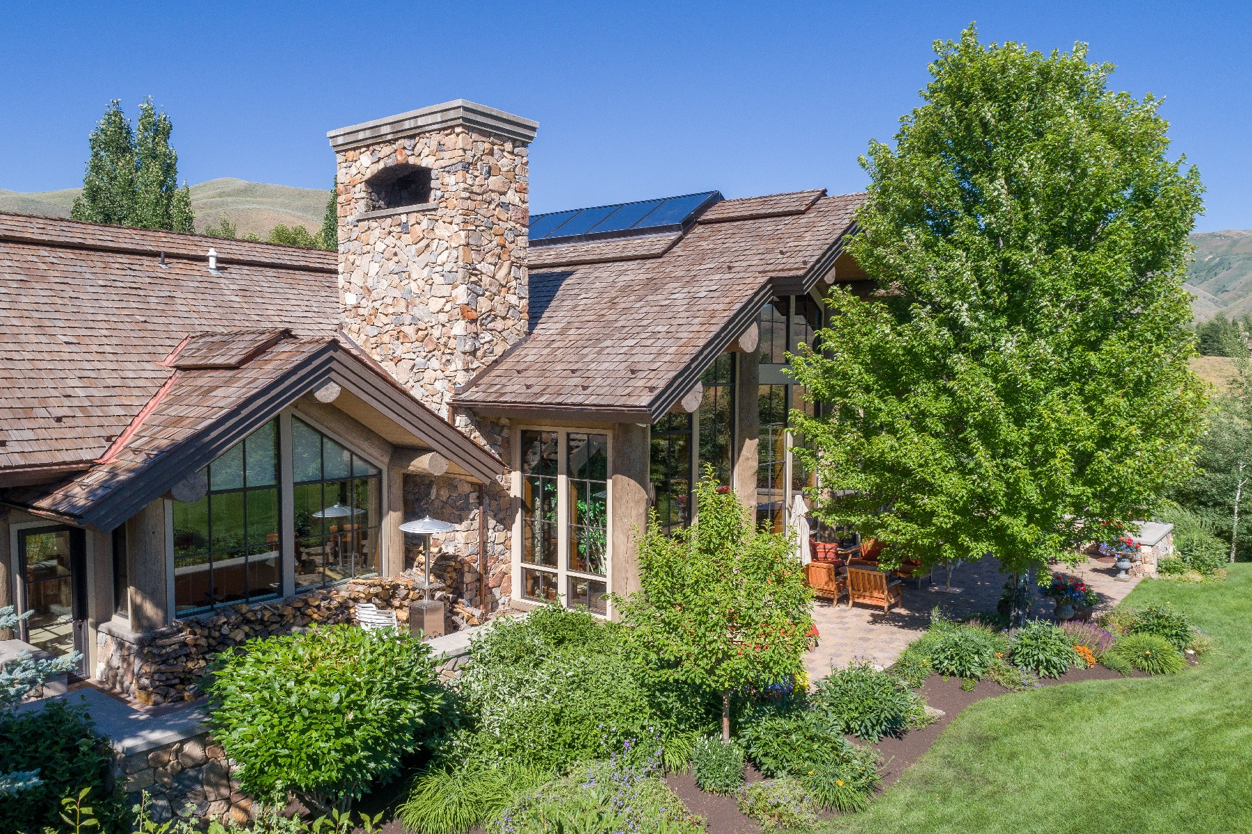 Additional photo for property listing at Luxury Sun Valley Estate 111 Sagewillow Rd Sun Valley, Idaho 83353 United States