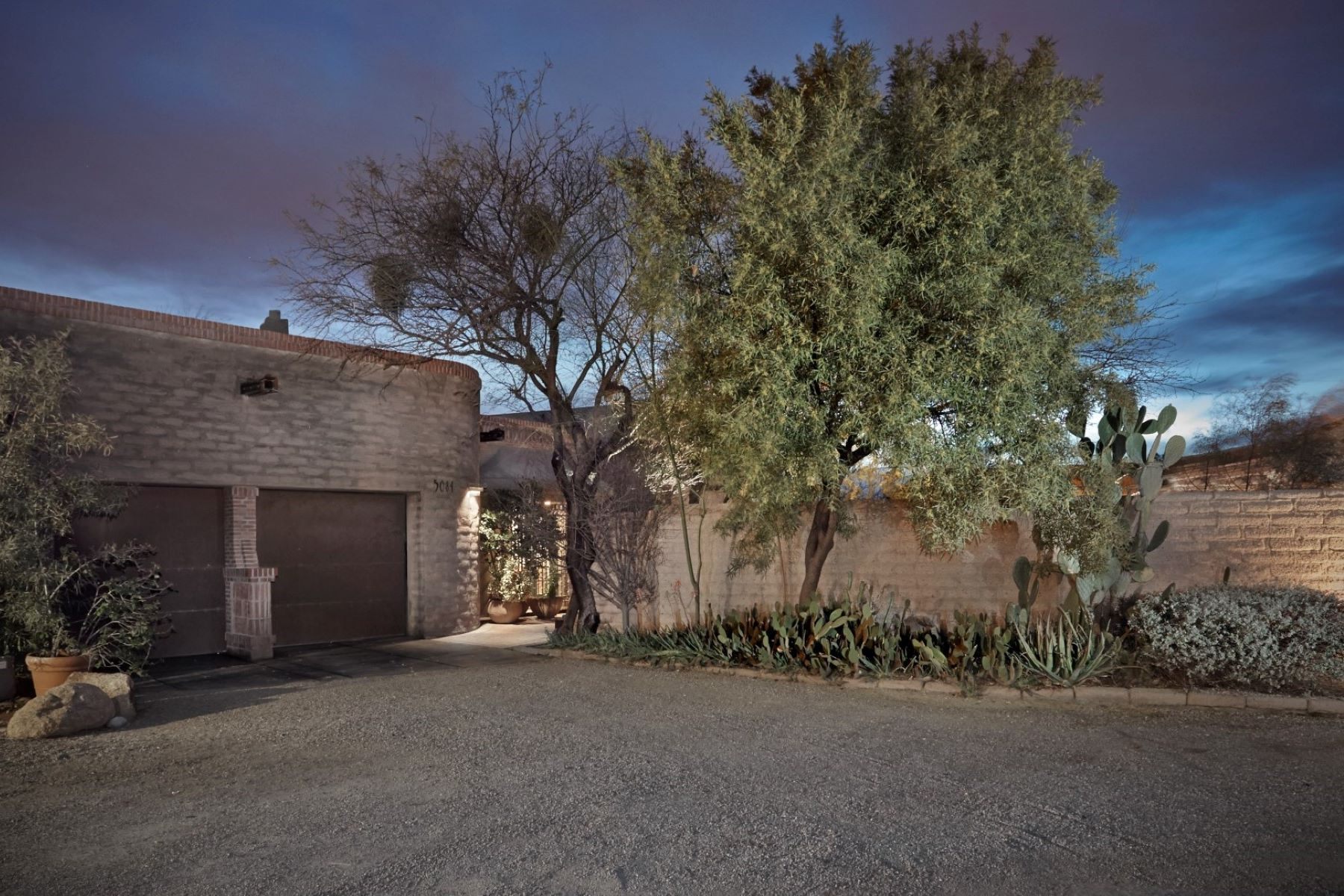 Single Family Home for Sale at Architectural Masterpiece 5084 E Fort Lowell Road, Tucson, Arizona, 85712 United States