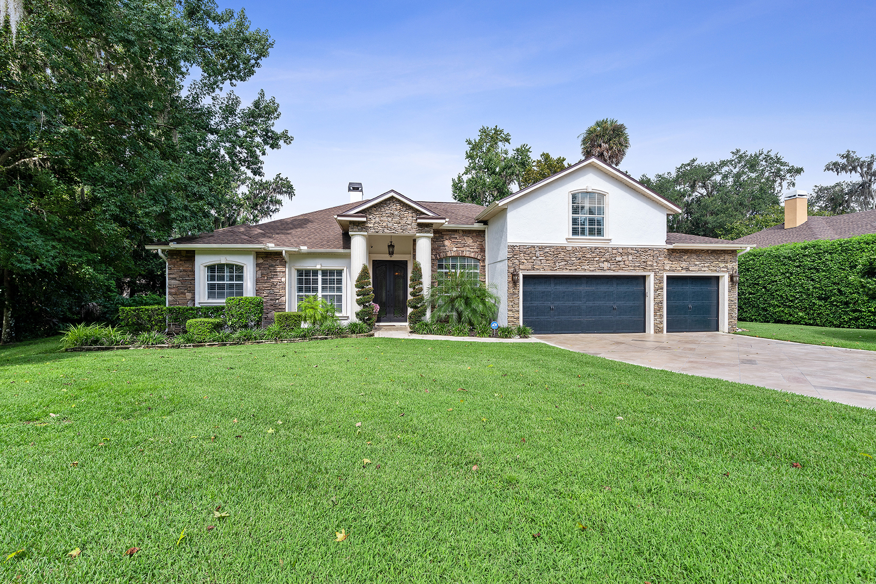 Single Family Homes por un Venta en OVIEDO 1874 Royal Majesty Ct, Oviedo, Florida 32765 Estados Unidos
