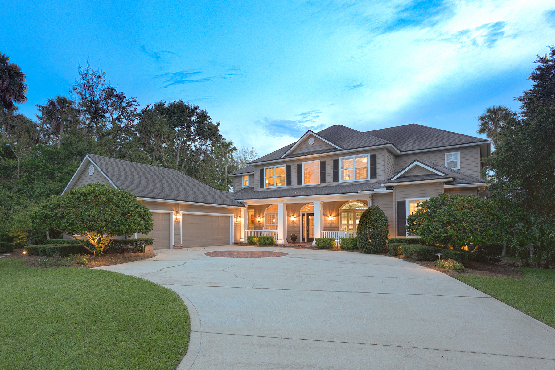 Single Family Homes for Sale at Hidden Gem in Ponte Vedra Beach 209 Isle Way Lane Ponte Vedra, Florida 32224 United States