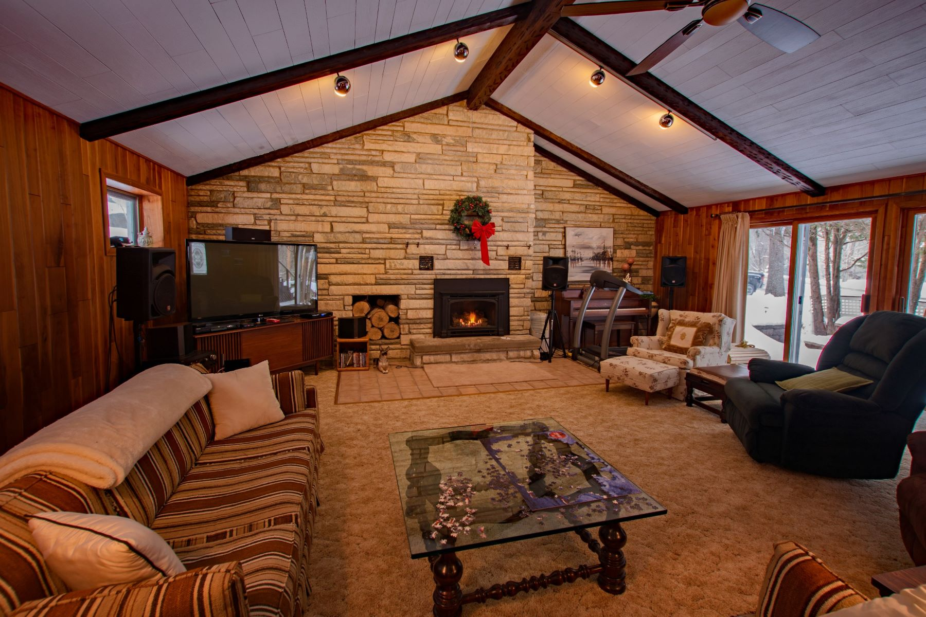 Additional photo for property listing at Large Ranch Style Home with Detached Garage 231 State Route 28 Inlet, New York 13360 United States