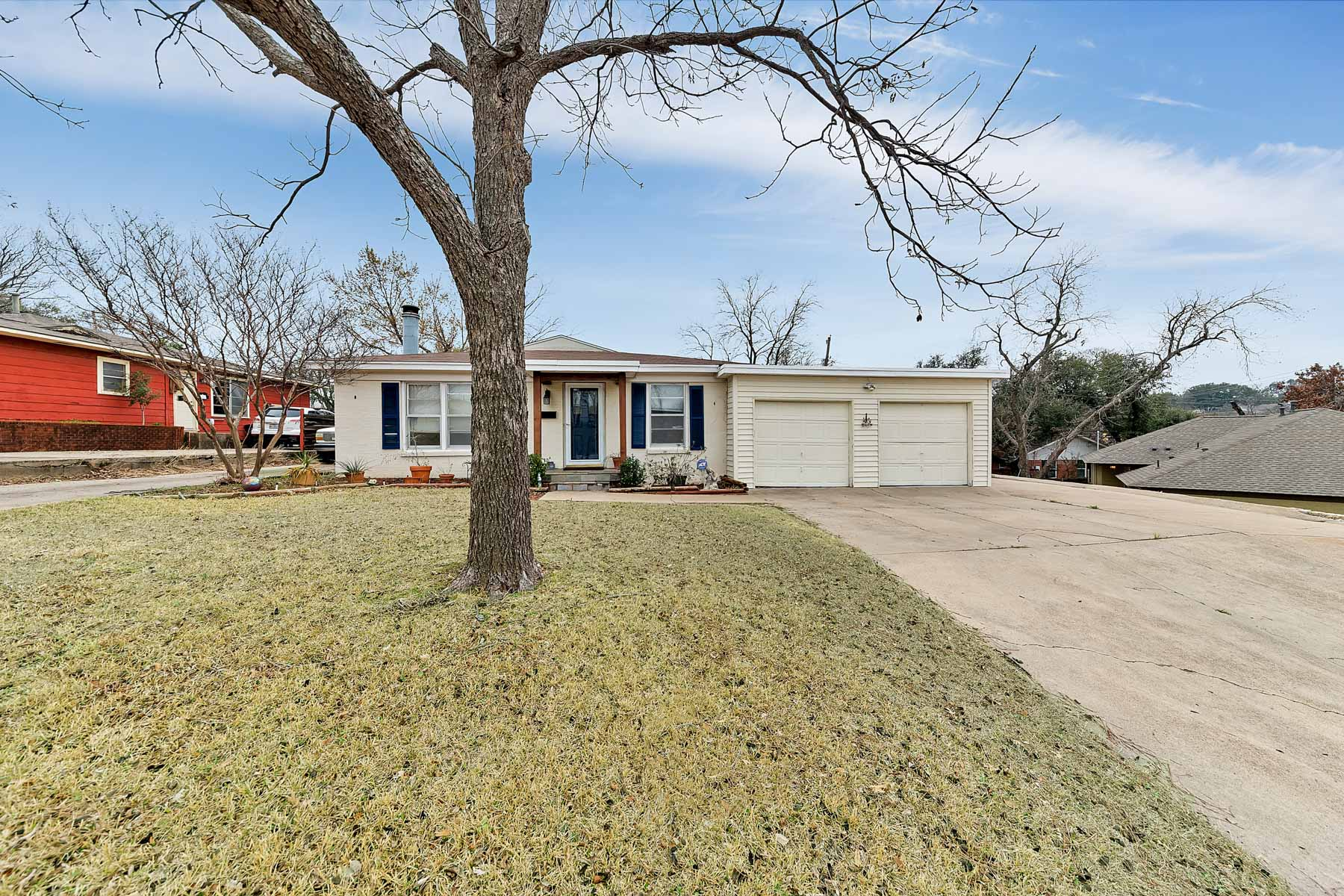 Single Family Home for Sale at Traditional, Westcliff 3613 South Drive, Fort Worth, Texas, 76109 United States