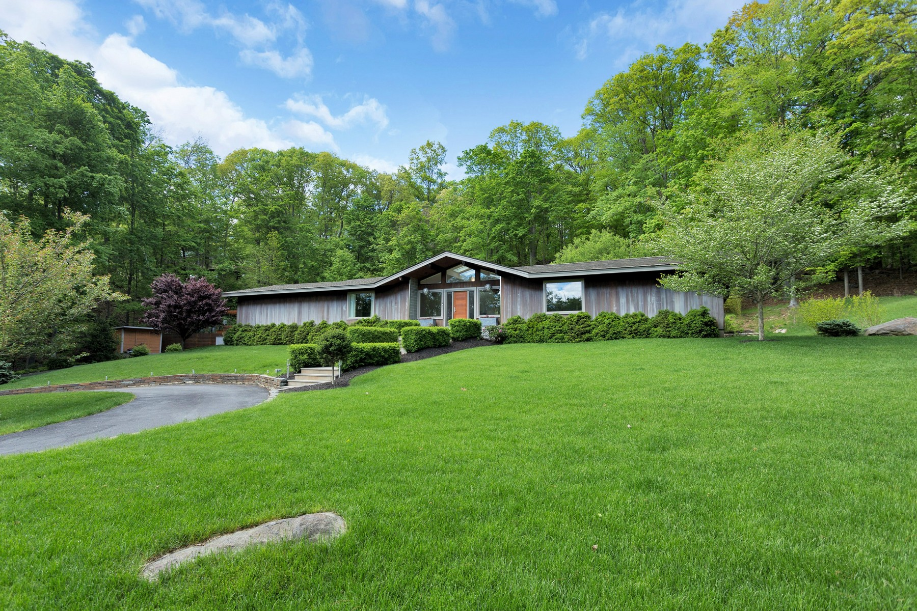Single Family Home for Sale at Exquisite Sophistication 332 West Mount Airy Road Croton On Hudson, New York 10520 United States