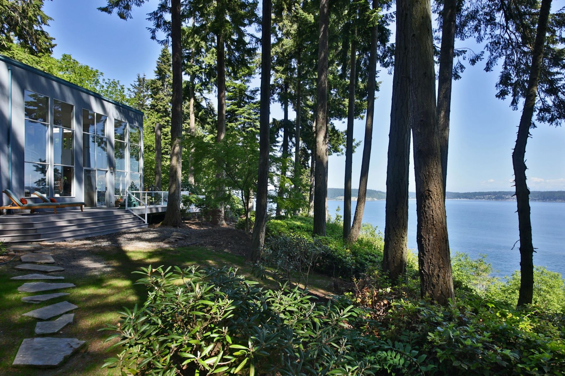 Single Family Home for Sale at 3295 Fox Spit Rd Langley, Washington 98260 United States