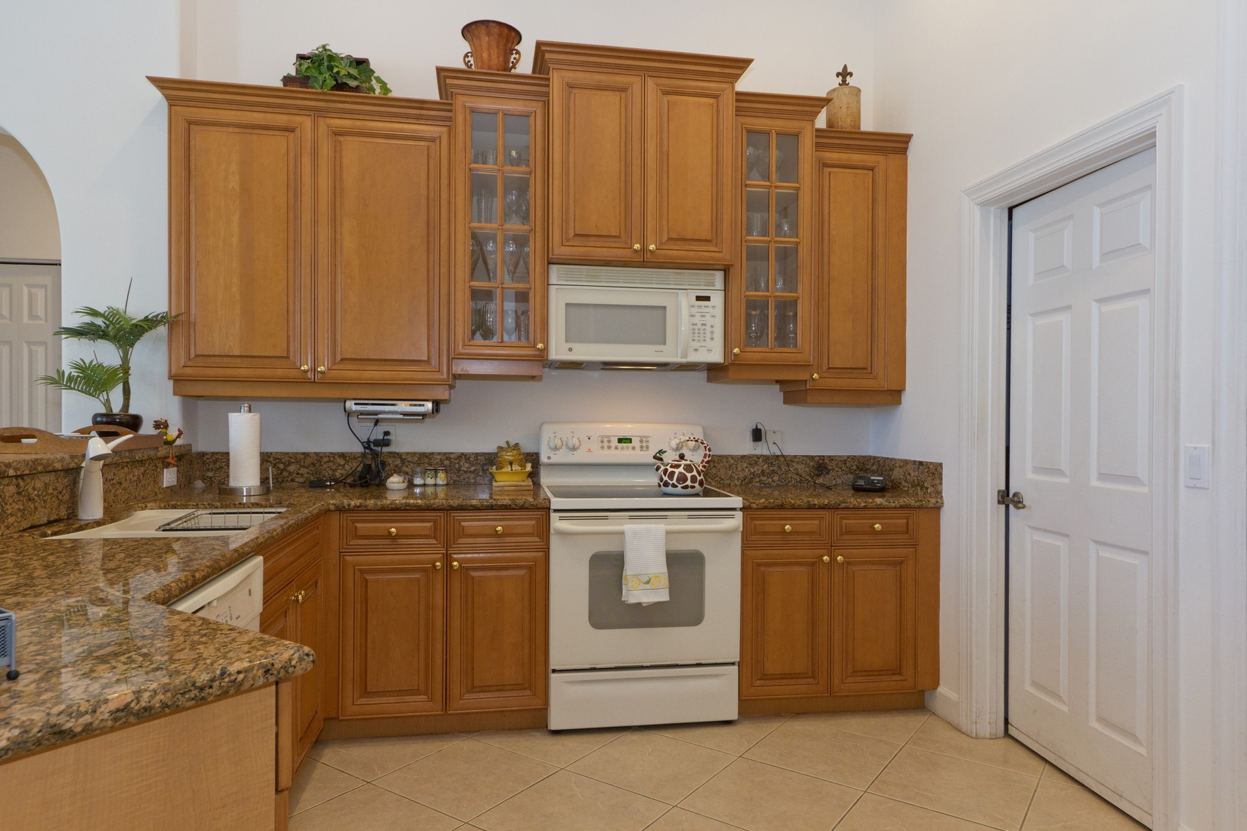 Additional photo for property listing at Grand Lakeside Pool Home 4156 Abington Woods Circle Vero Beach, Florida 32967 United States
