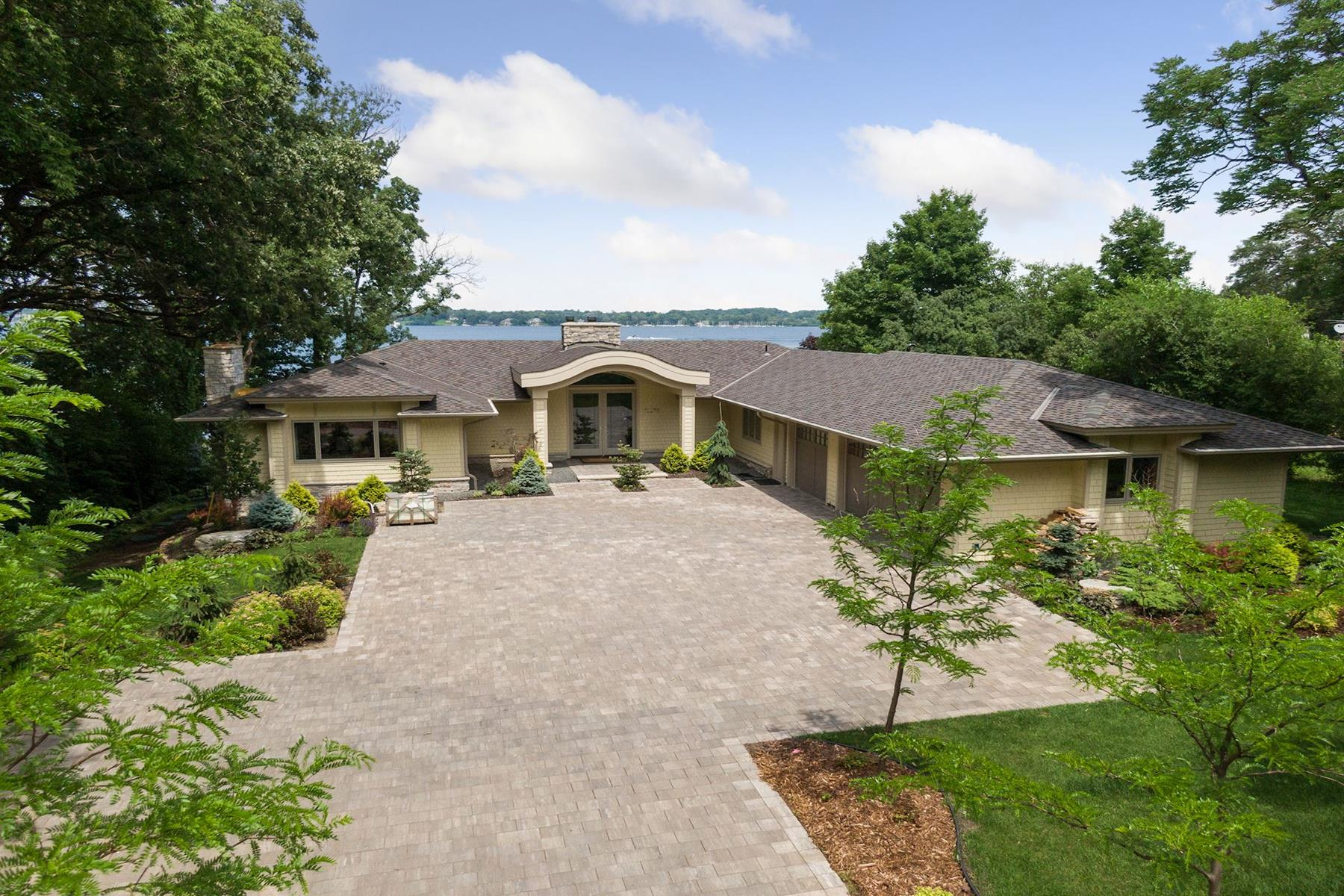Single Family Homes für Verkauf beim Sophisticated Modern Finishes with over 100' of Shoreline on Lake Minnetonka 17870 Breezy Point Road, Woodland, Minnesota 55391 Vereinigte Staaten