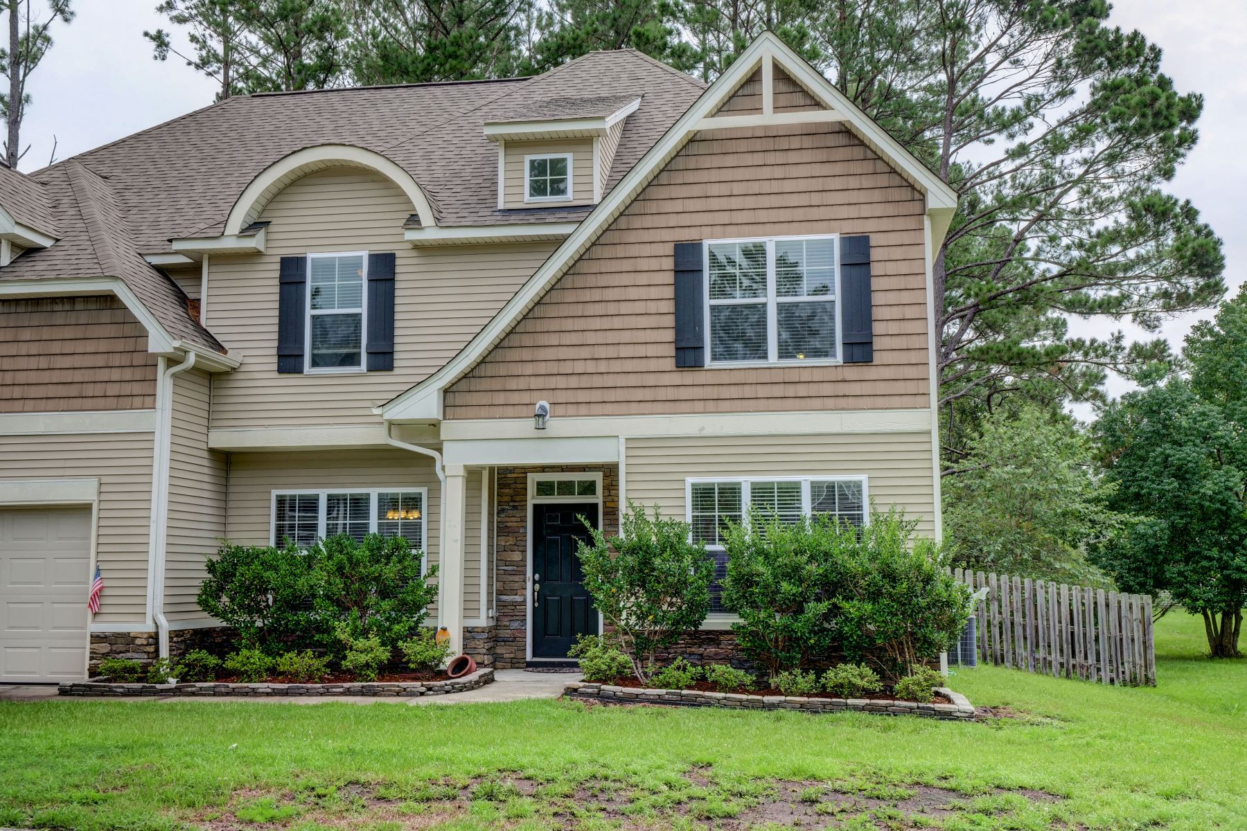 Single Family Homes για την Πώληση στο Savvy Home Close to Beach and Shopping 152 Cornel Lane, Hampstead, Βορεια Καρολινα 28443 Ηνωμένες Πολιτείες