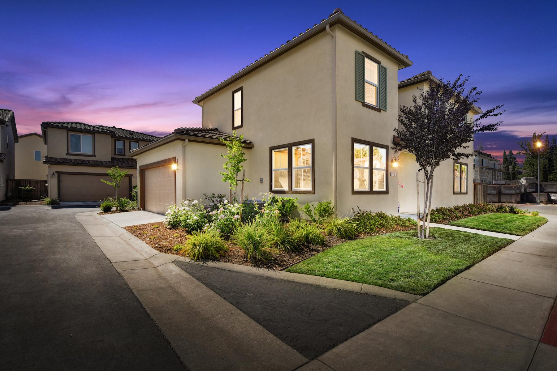 Casa Unifamiliar por un Venta en 6462 Brando Loop, Fair Oaks, CA 95628 Fair Oaks, California, 95628 Estados Unidos