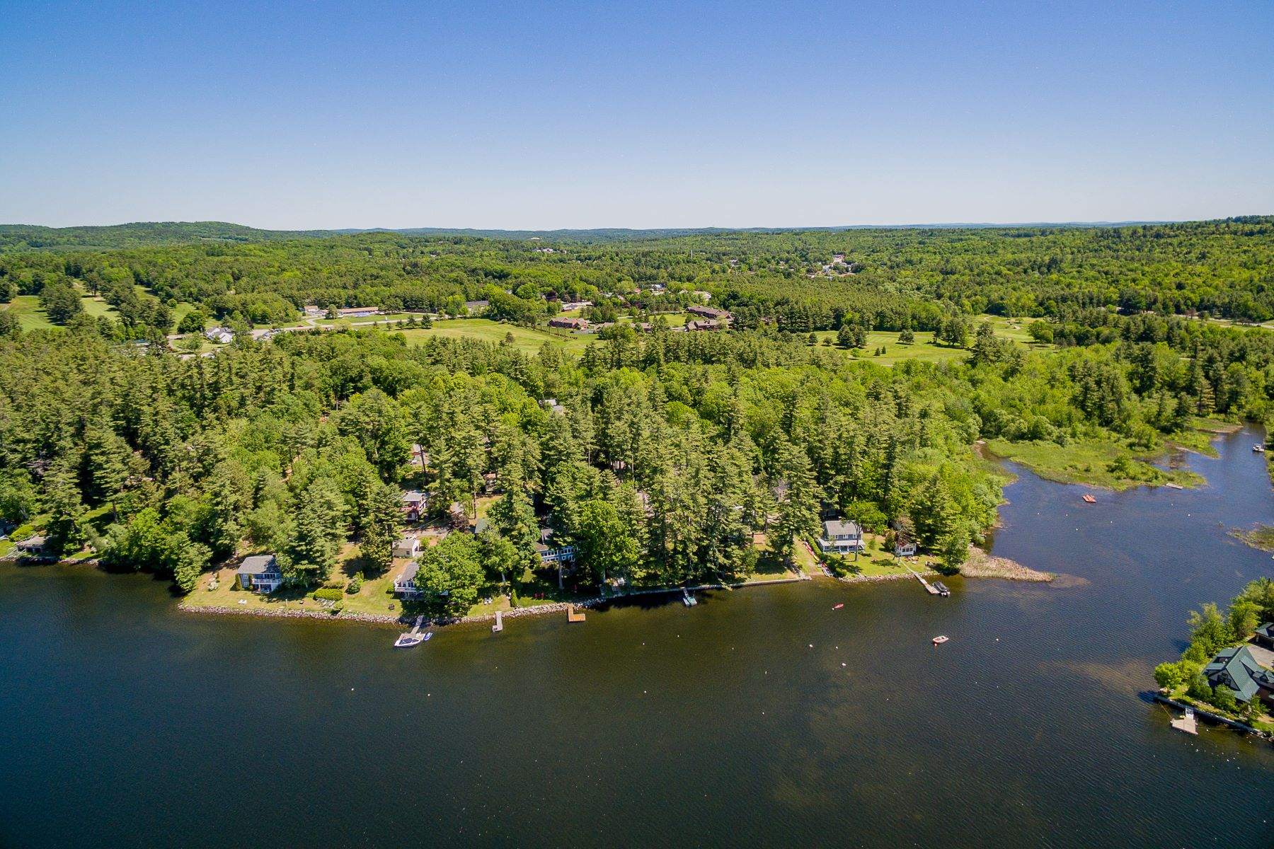 Single Family Homes للـ Sale في Manchester, Maine 04351 United States