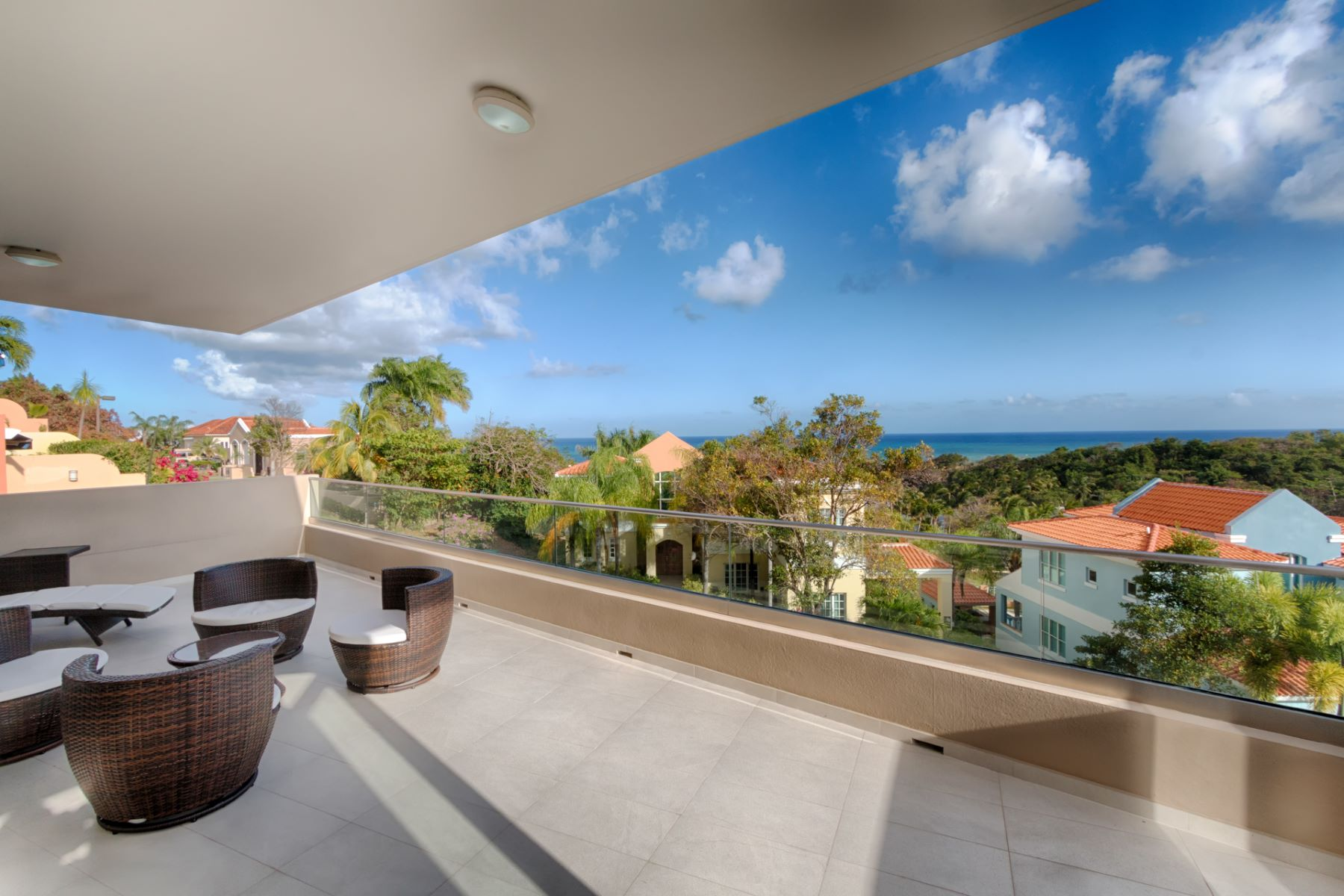 Additional photo for property listing at Ocean View Contemporary at Shell Castle Club 86 Shell Castle Club Palmas Del Mar, Puerto Rico 00791 Пуэрто-Рико