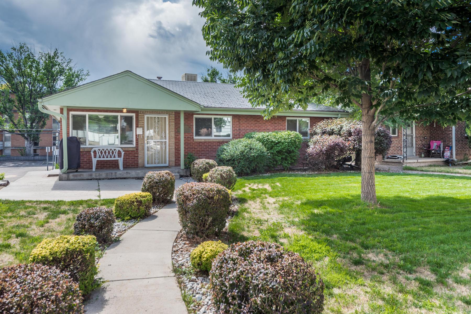 Duplex for Active at Income Property close to University of Denver 2525-2527 S University Blvd Denver, Colorado 80210 United States