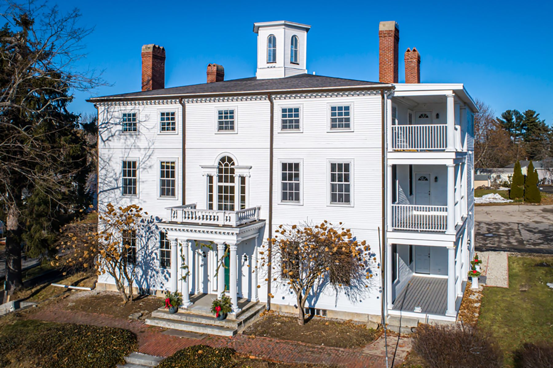 Condominiums for Active at Walk to Town from Your North End Portsmouth Condo 525 Maplewood Avenue, Unit 8 Portsmouth, New Hampshire 03801 United States