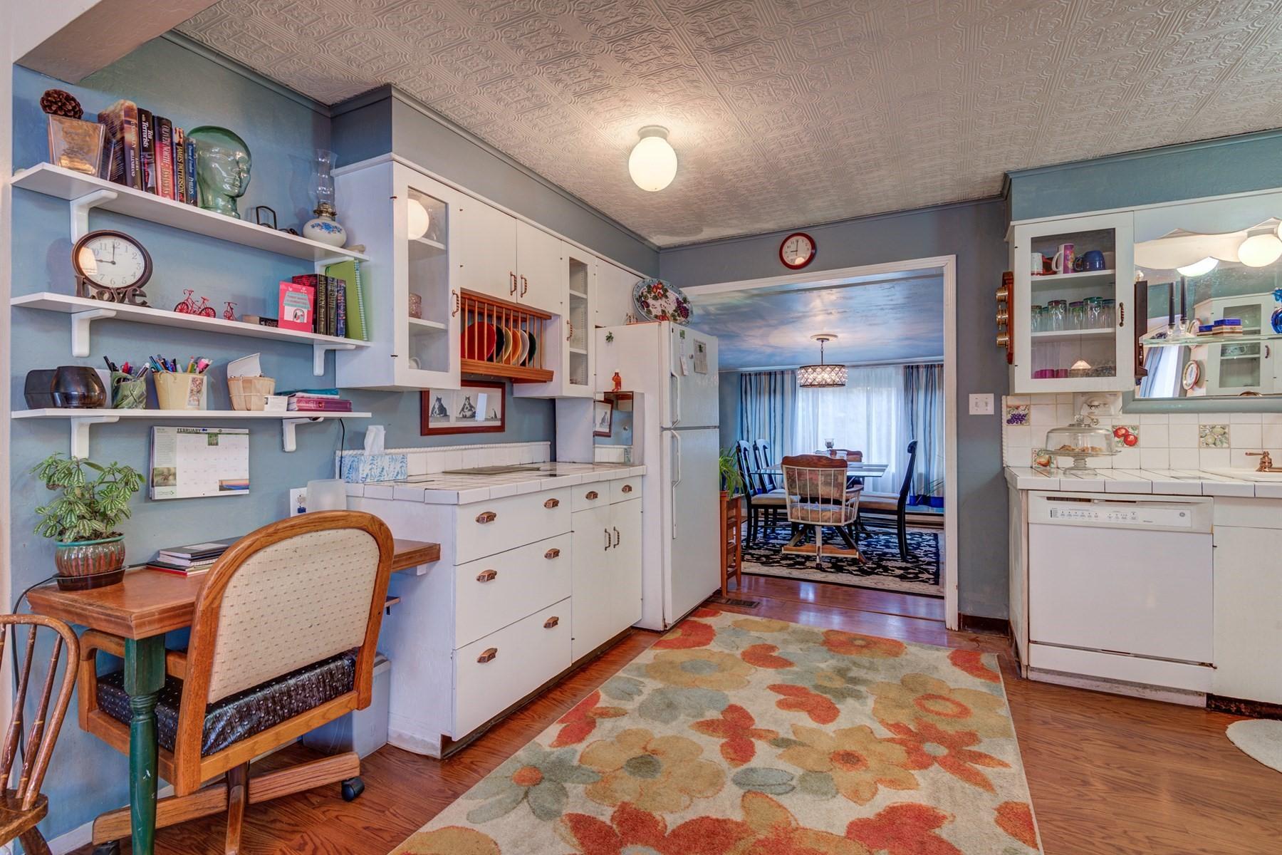 Single Family Home for Sale at 146 Barker Loop Pinehurst, Idaho, 83850 United States