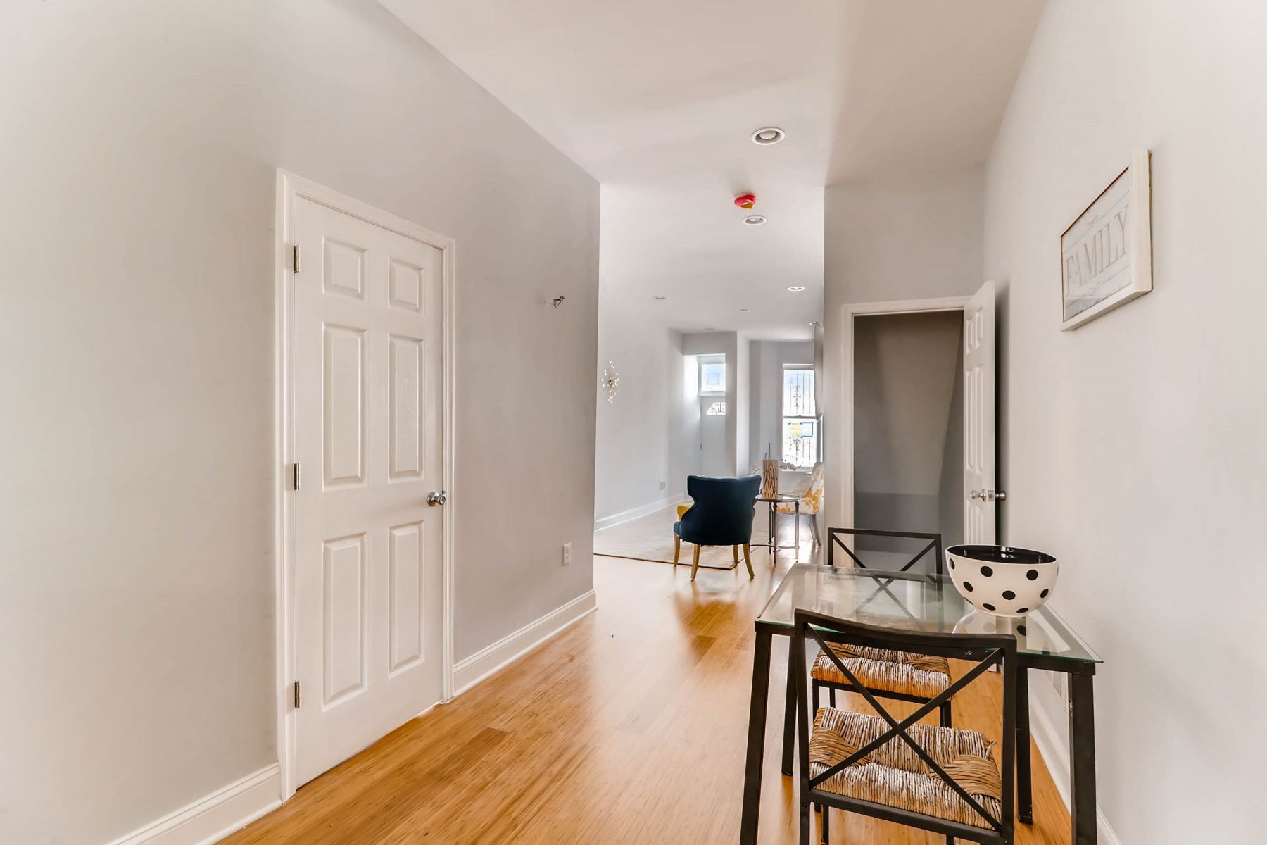 Single Family Home for Sale at 2930 Fayette Street, Baltimore, Maryland 2930 Fayette Street Baltimore, Maryland 21224 United States