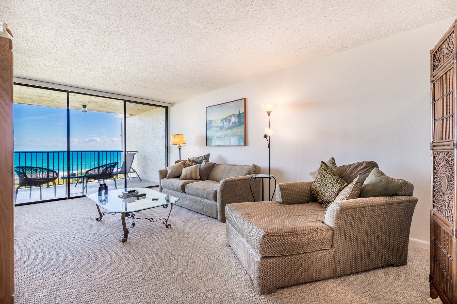 Additional photo for property listing at Top Floor Condo with Ocean Views 1101 S Miramar #405 Indialantic, Florida 32903 United States