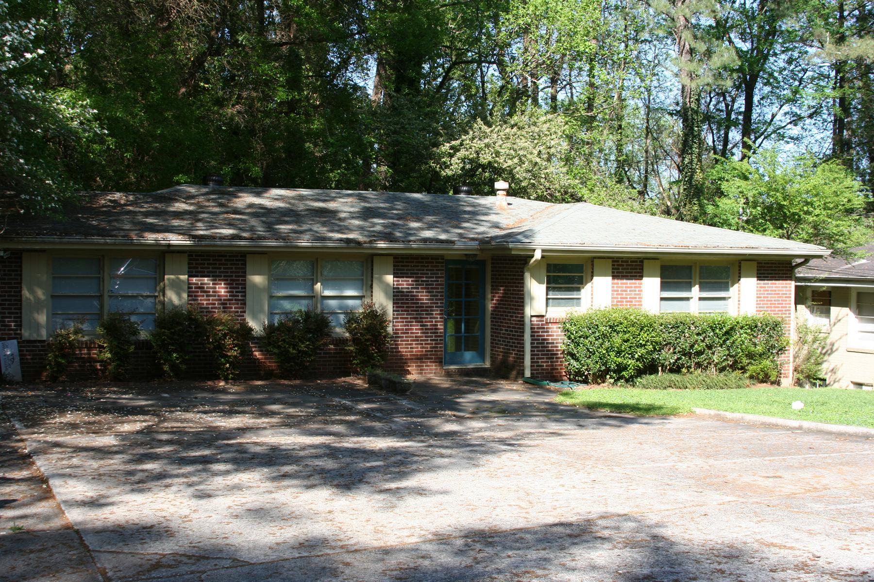 Terreno por un Venta en Buildable Opportunity in Buckhead 4597 Wieuca Road NE, Atlanta, Georgia 30342 Estados Unidos