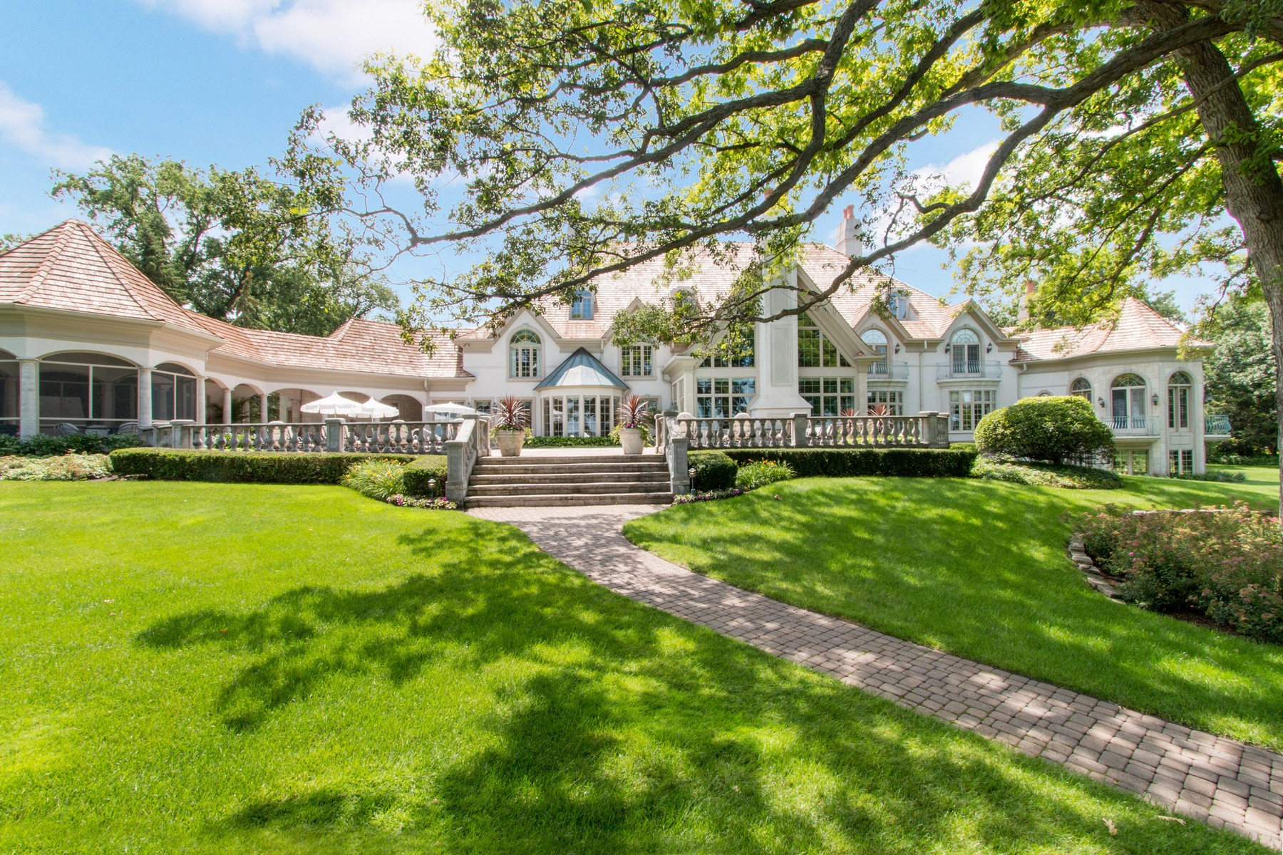 Single Family Home for Sale at Remarkable Estate on Geneva's Luxury Lane W4396 Basswood Drive, Linn, Wisconsin, 53147 United States