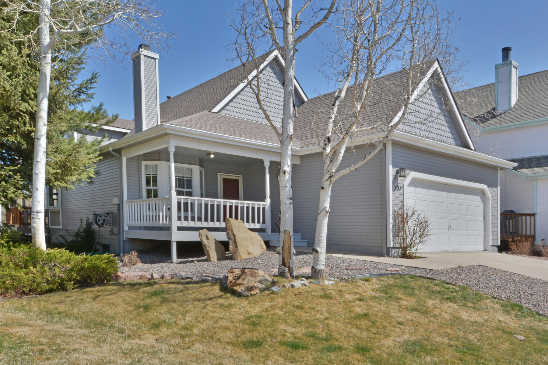 Single Family Home for Active at Move-In Ready Two-Story In Outlook 151 Wolf Creek Trl Broomfield, Colorado 80020 United States