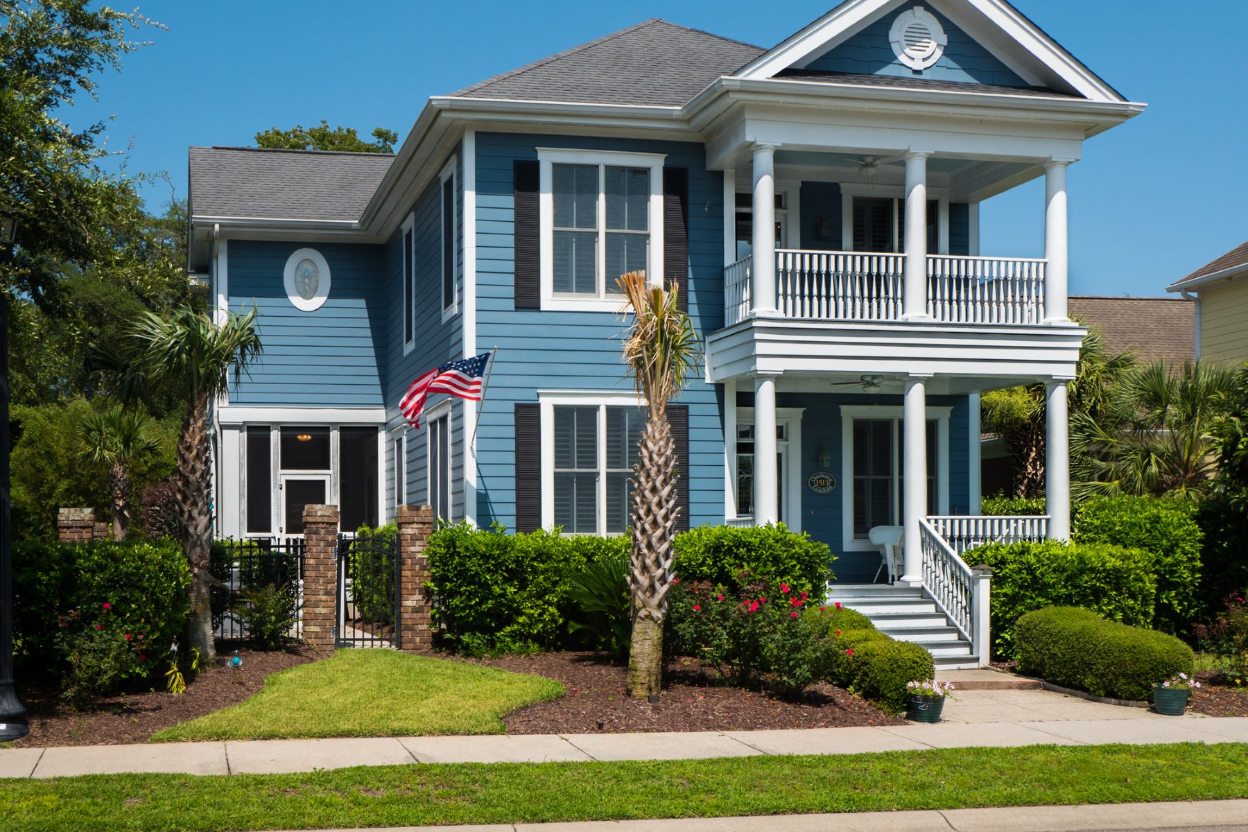 Single Family Home for Sale at Spacious Home in Upscale Subdivision 1513 James Island Ave North Myrtle Beach, South Carolina, 29582 United States