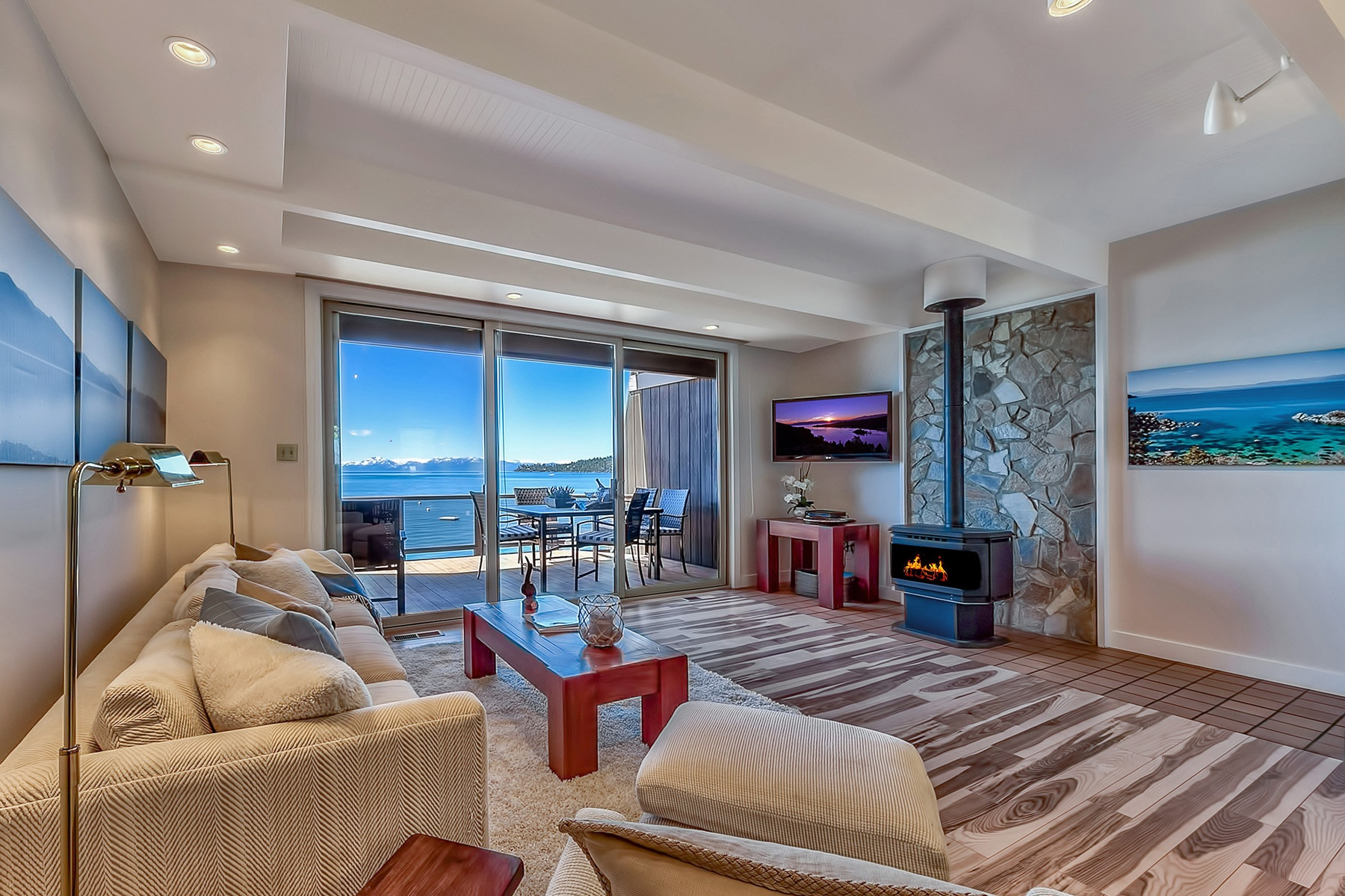 Кондоминиум для того Продажа на 549 Lakeshore Blvd. #21, Incline Village, Nevada Incline Village, Невада, 89451 Lake Tahoe, Соединенные Штаты