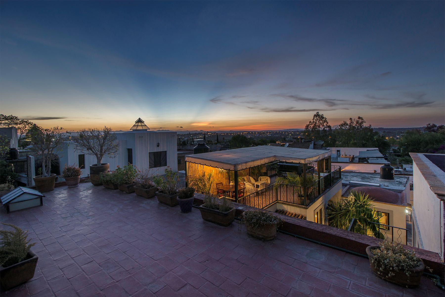Additional photo for property listing at Casitas Aparicio Centro, San Miguel De Allende, Guanajuato México