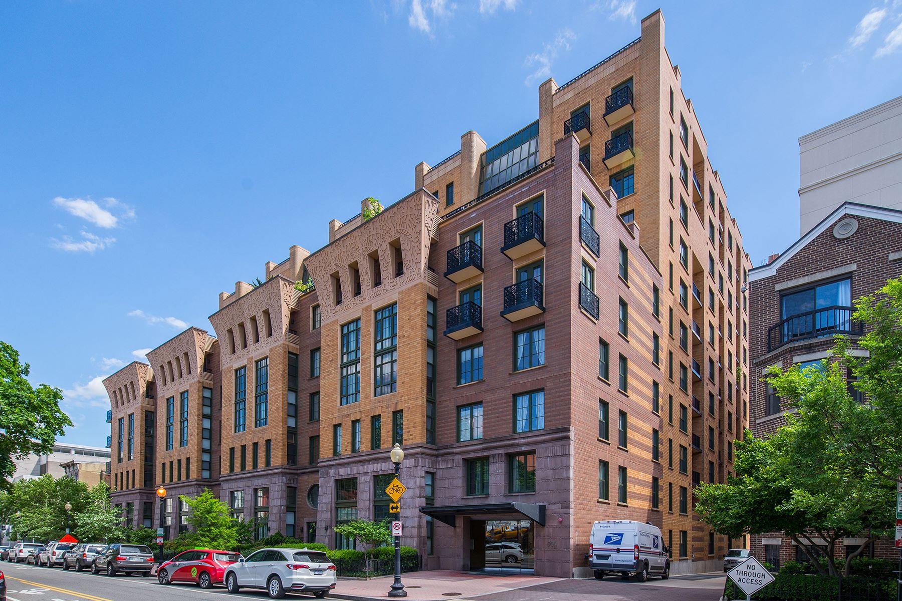 Appartement en copropriété pour l Vente à 910 M Street 401, Washington 910 M St 401 Washington, District De Columbia, 20001 États-Unis