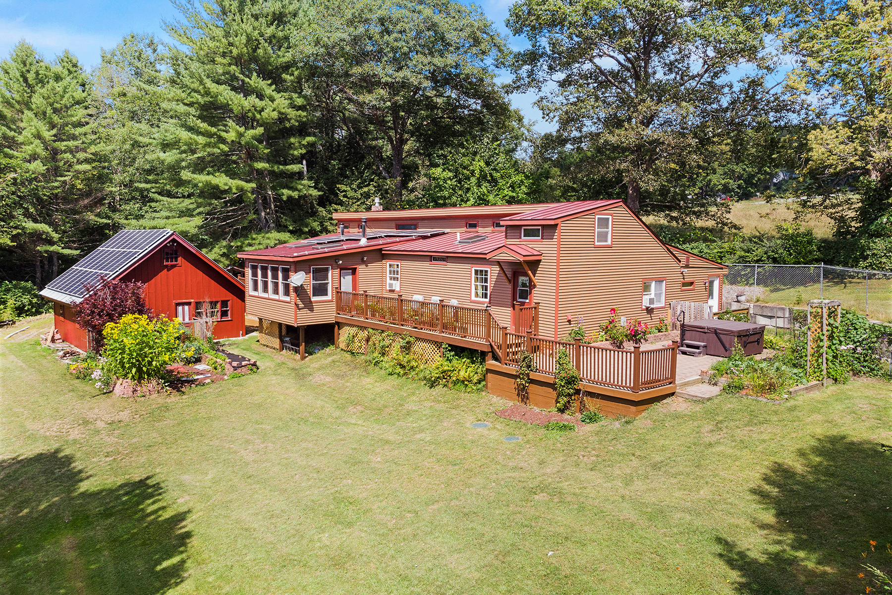 Single Family Homes for Sale at 608 Dairy Hill Road, Royalton 608 Dairy Hill Rd Royalton, Vermont 05068 United States