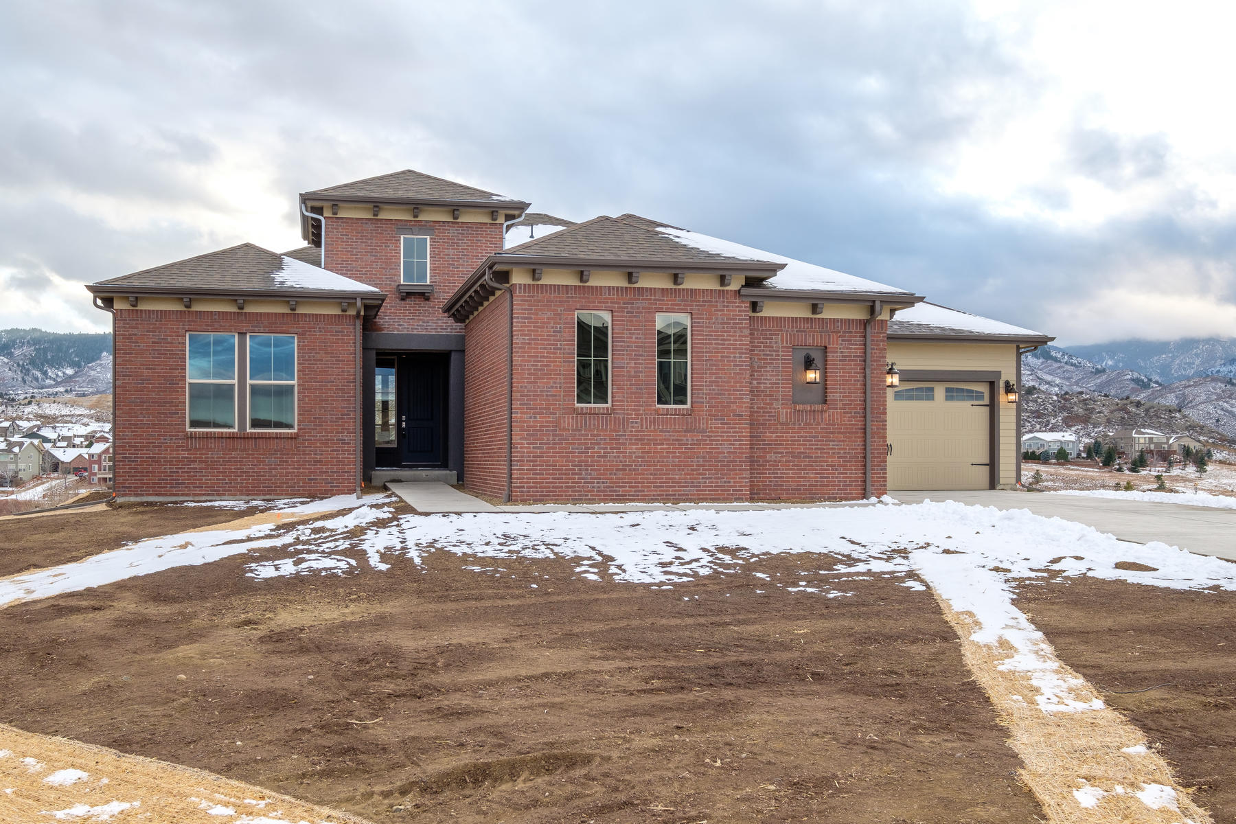 Single Family Home for Sale at Spectacular ranch style home ready now! 8711 Hunters Hill Ln, Littleton, Colorado, 80125 United States