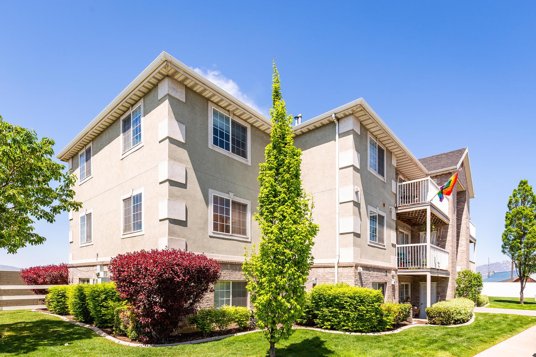 Condominiums 용 매매 에 Great Condo 1503 N 1335 W Orem, 유타 84057 미국