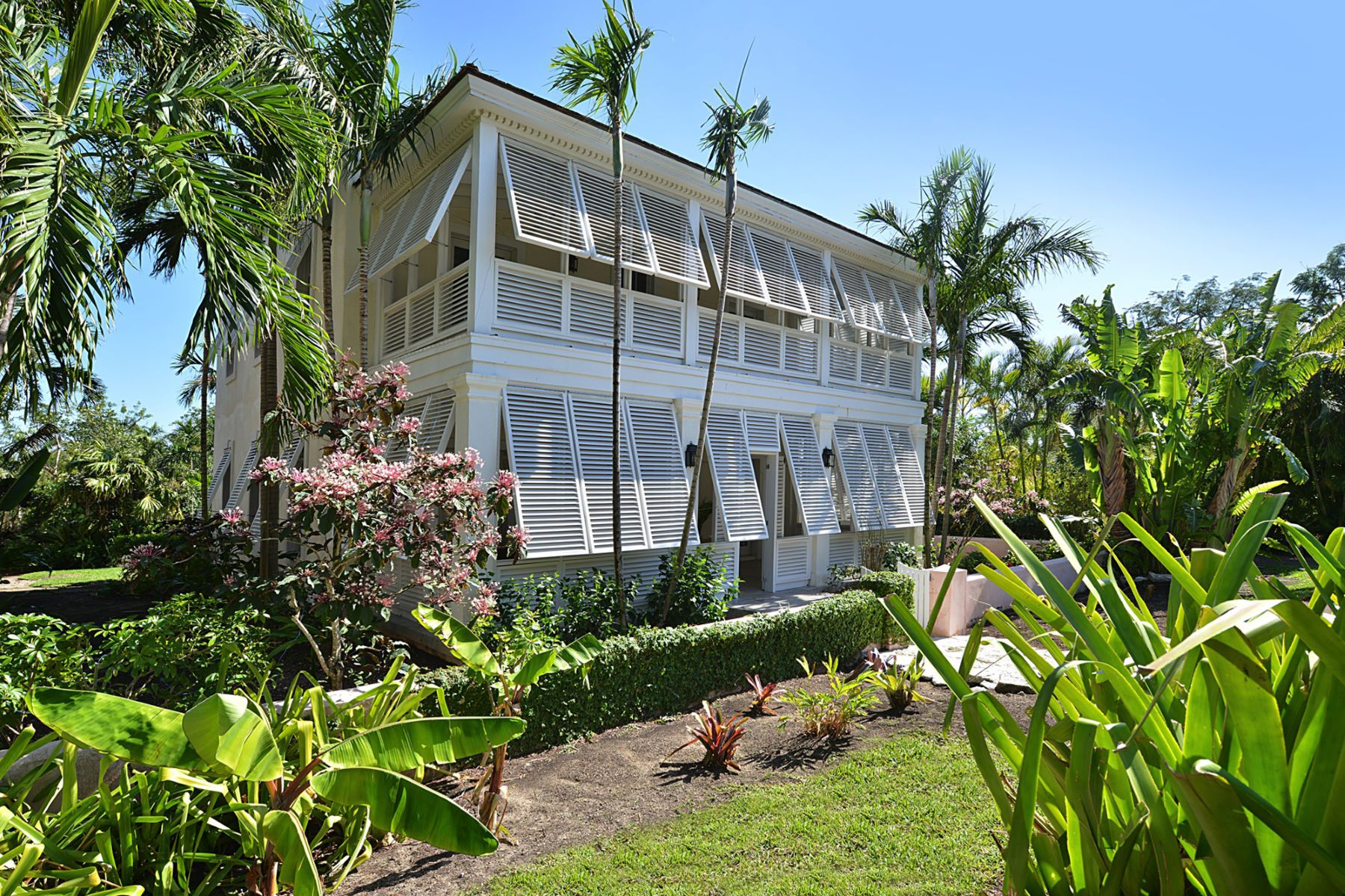 Additional photo for property listing at Club Villa #8, Old Fort Bay Old Fort Bay, Nassau And Paradise Island Bahamas