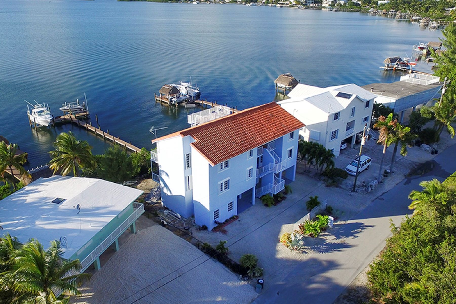 Moradia para Venda às Custom Bayfront Home 30 S Bounty Ln Key Largo, Florida 33037 Estados Unidos